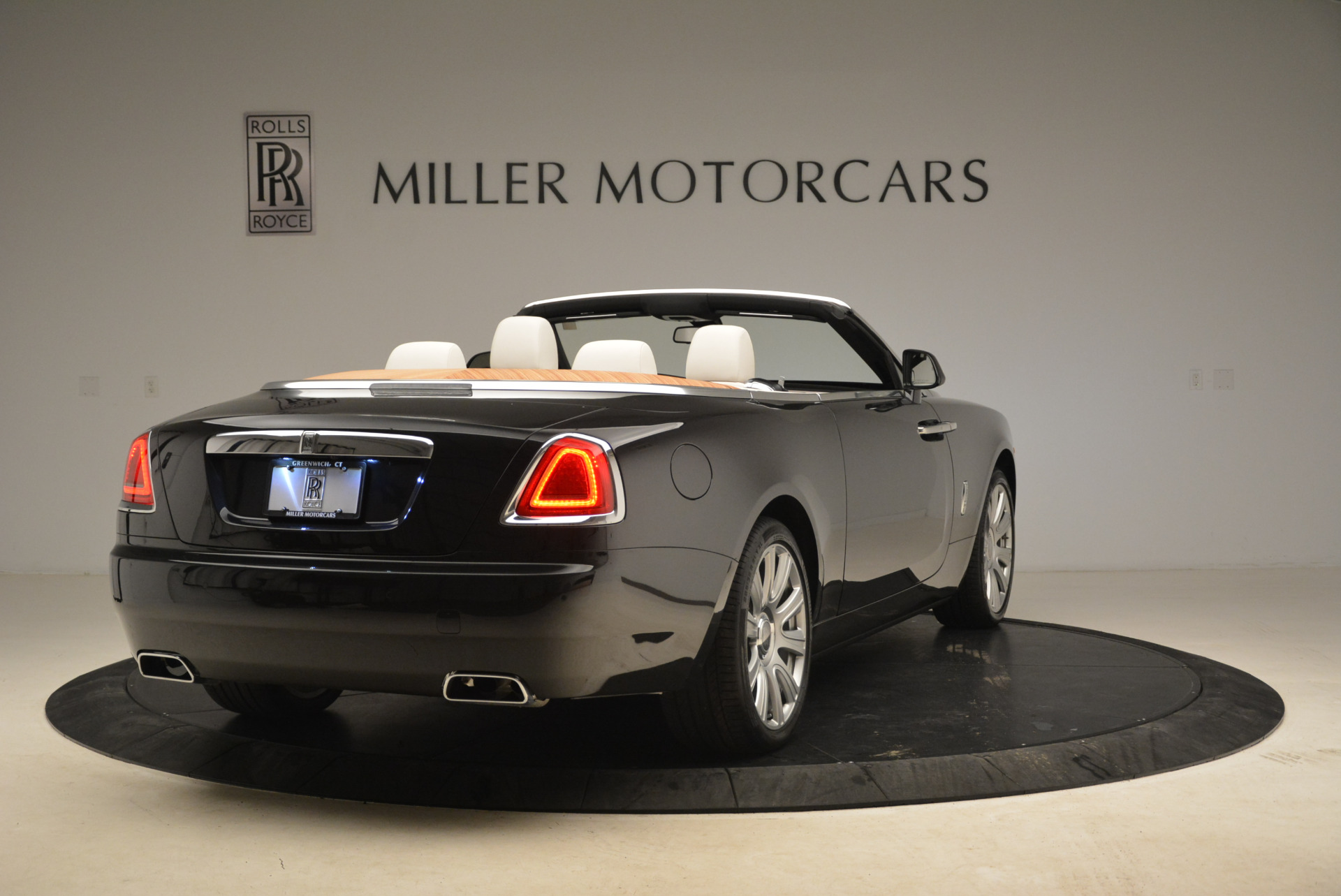 Used 2016 Rolls-Royce Dawn  For Sale In Greenwich, CT 2220_p7