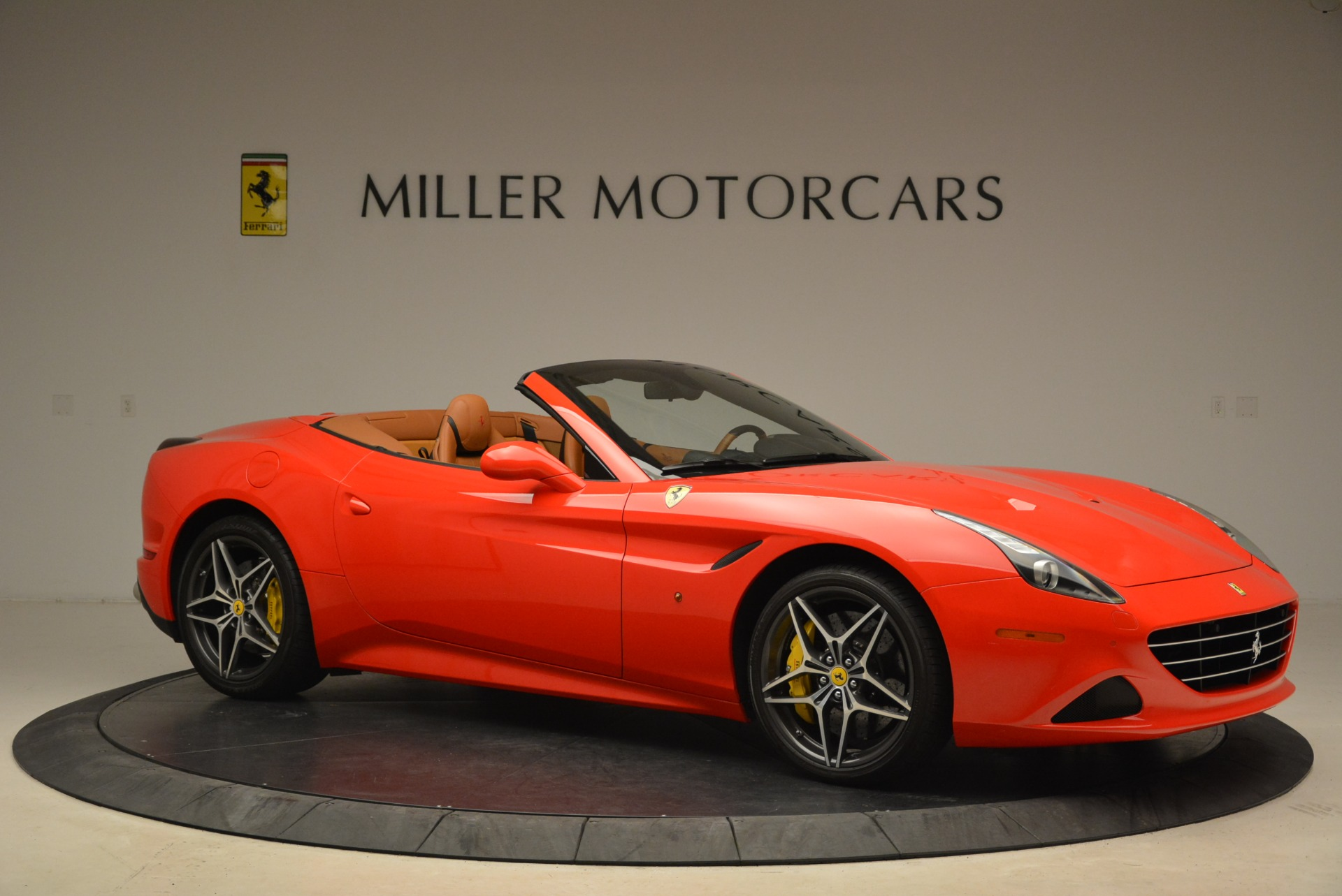Used 2015 Ferrari California T  For Sale In Greenwich, CT 2221_p10