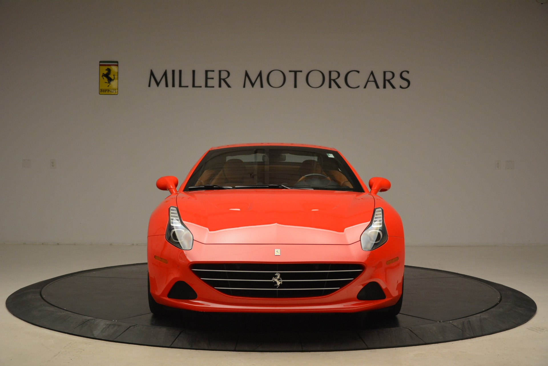 Used 2015 Ferrari California T  For Sale In Greenwich, CT 2221_p24