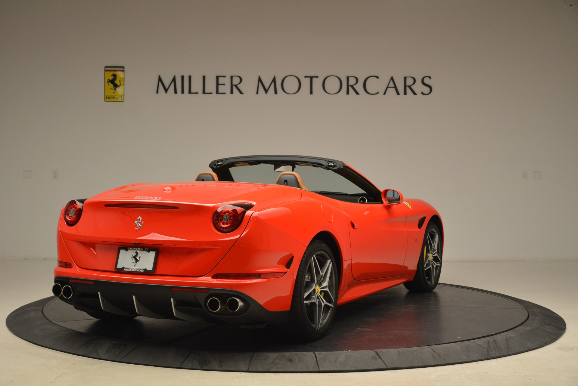 Used 2015 Ferrari California T  For Sale In Greenwich, CT 2221_p7