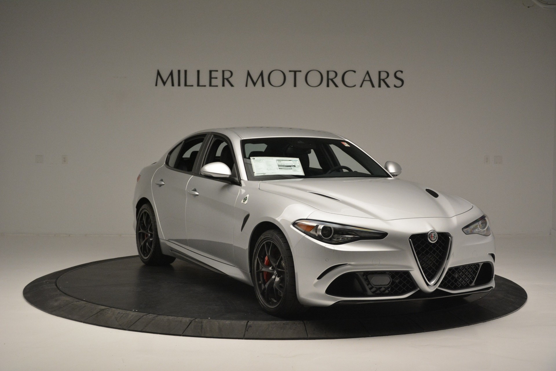 New 2018 Alfa Romeo Giulia Quadrifoglio For Sale In Greenwich, CT 2222_p11
