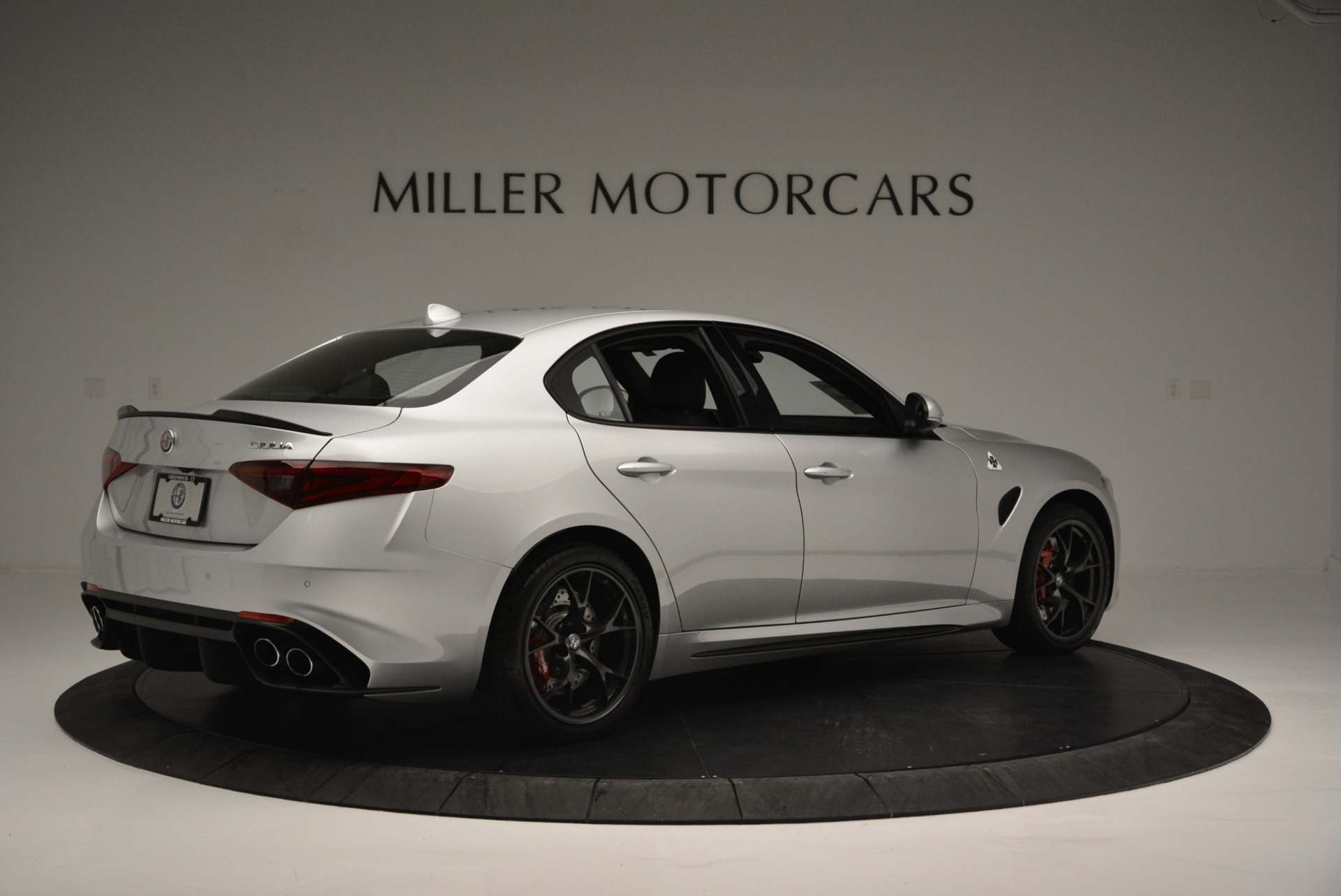 New 2018 Alfa Romeo Giulia Quadrifoglio For Sale In Greenwich, CT 2222_p8