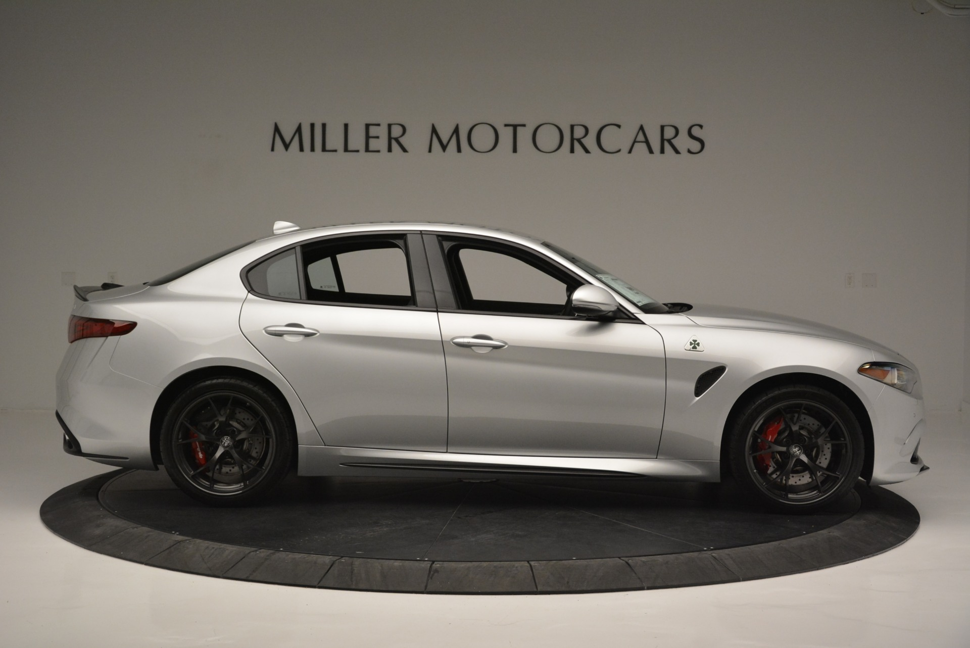 New 2018 Alfa Romeo Giulia Quadrifoglio For Sale In Greenwich, CT 2222_p9