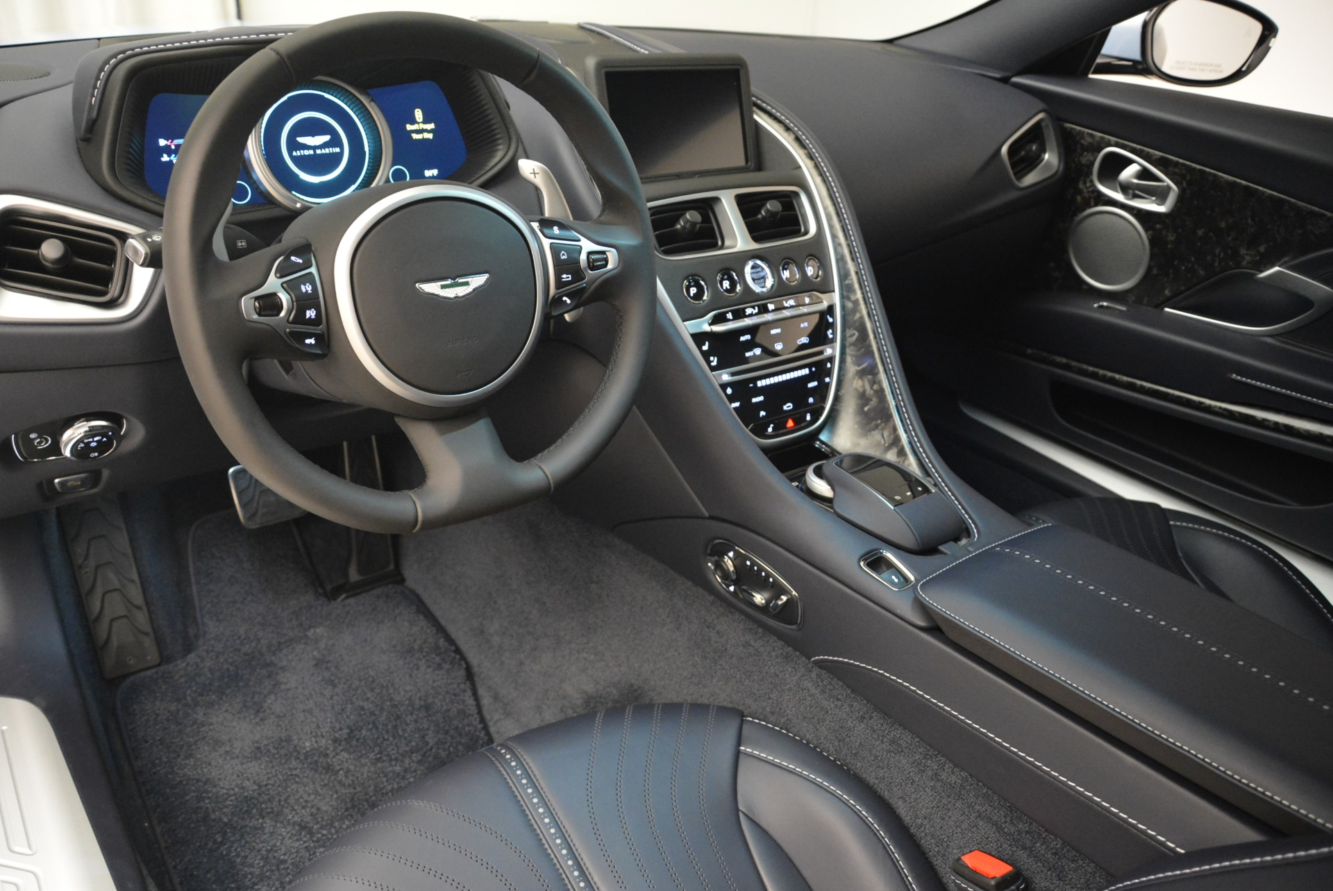 New 2018 Aston Martin DB11 V12 For Sale In Greenwich, CT 2225_p14