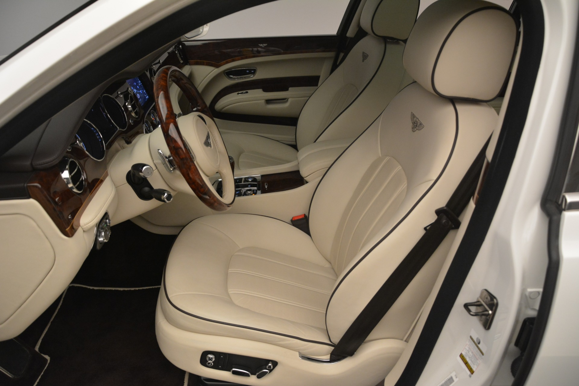 Used 2013 Bentley Mulsanne  For Sale In Greenwich, CT 2230_p17