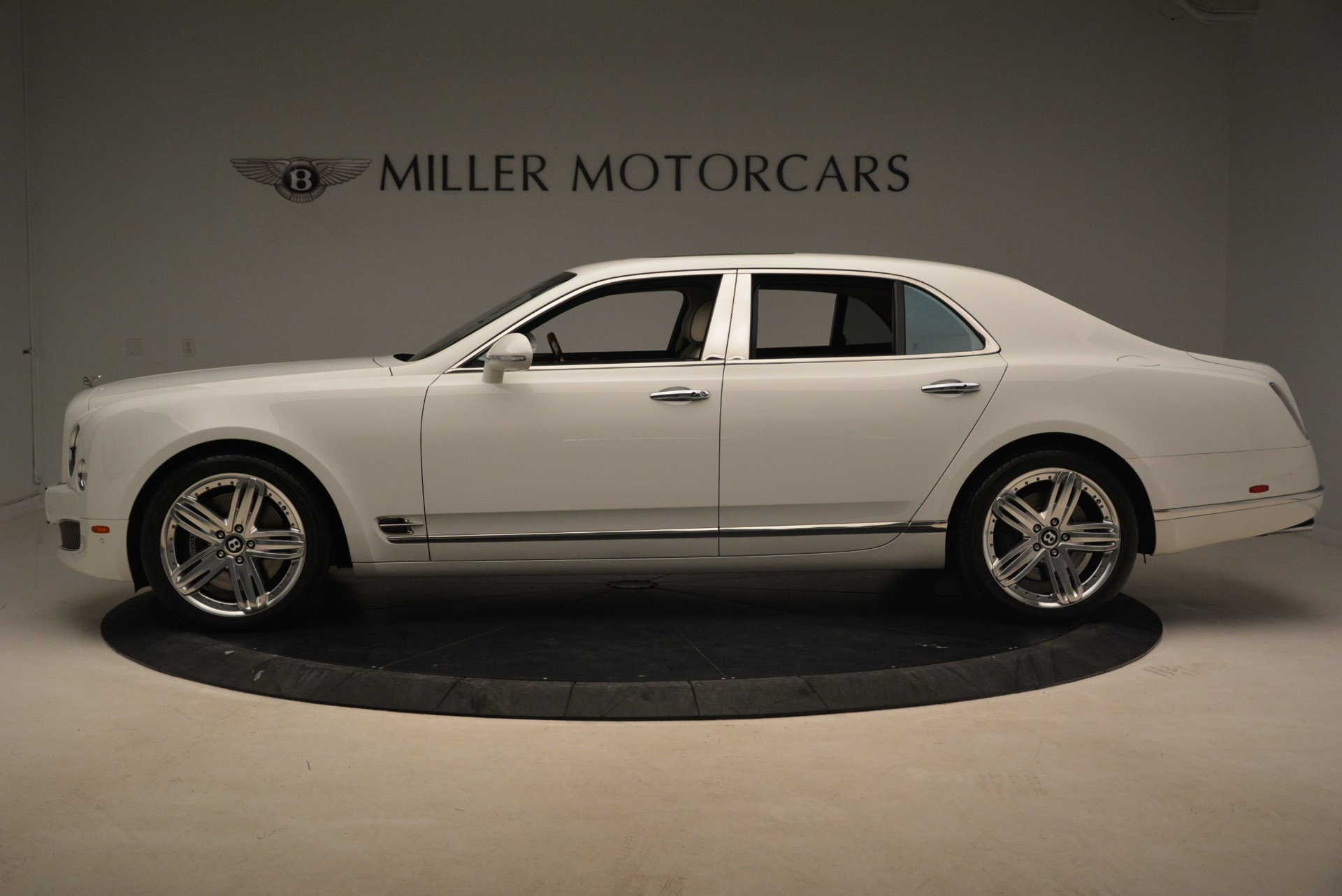 Used 2013 Bentley Mulsanne  For Sale In Greenwich, CT 2230_p2
