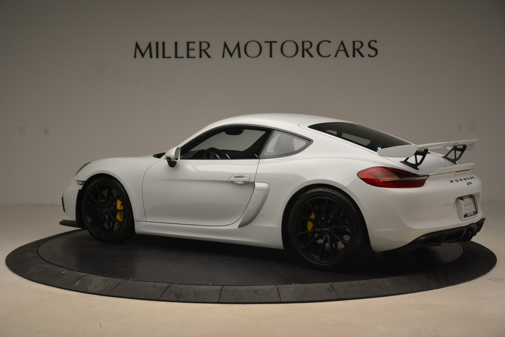 Used 2016 Porsche Cayman GT4 For Sale In Greenwich, CT 2234_p4
