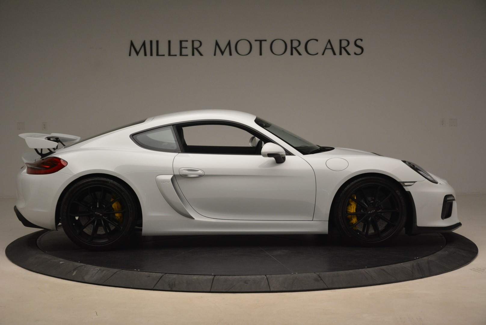 Used 2016 Porsche Cayman GT4 For Sale In Greenwich, CT 2234_p9