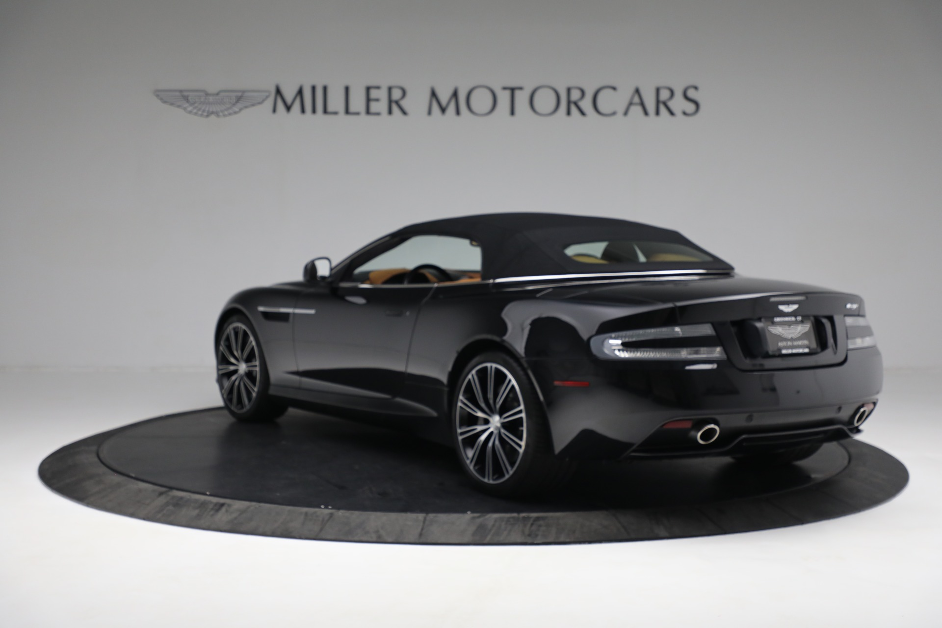 Used 2012 Aston Martin Virage Volante For Sale In Greenwich, CT 2244_p18