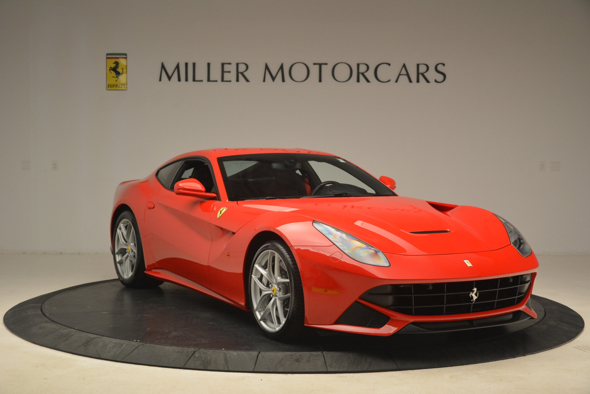 Used 2014 Ferrari F12 Berlinetta  For Sale In Greenwich, CT 2256_p11