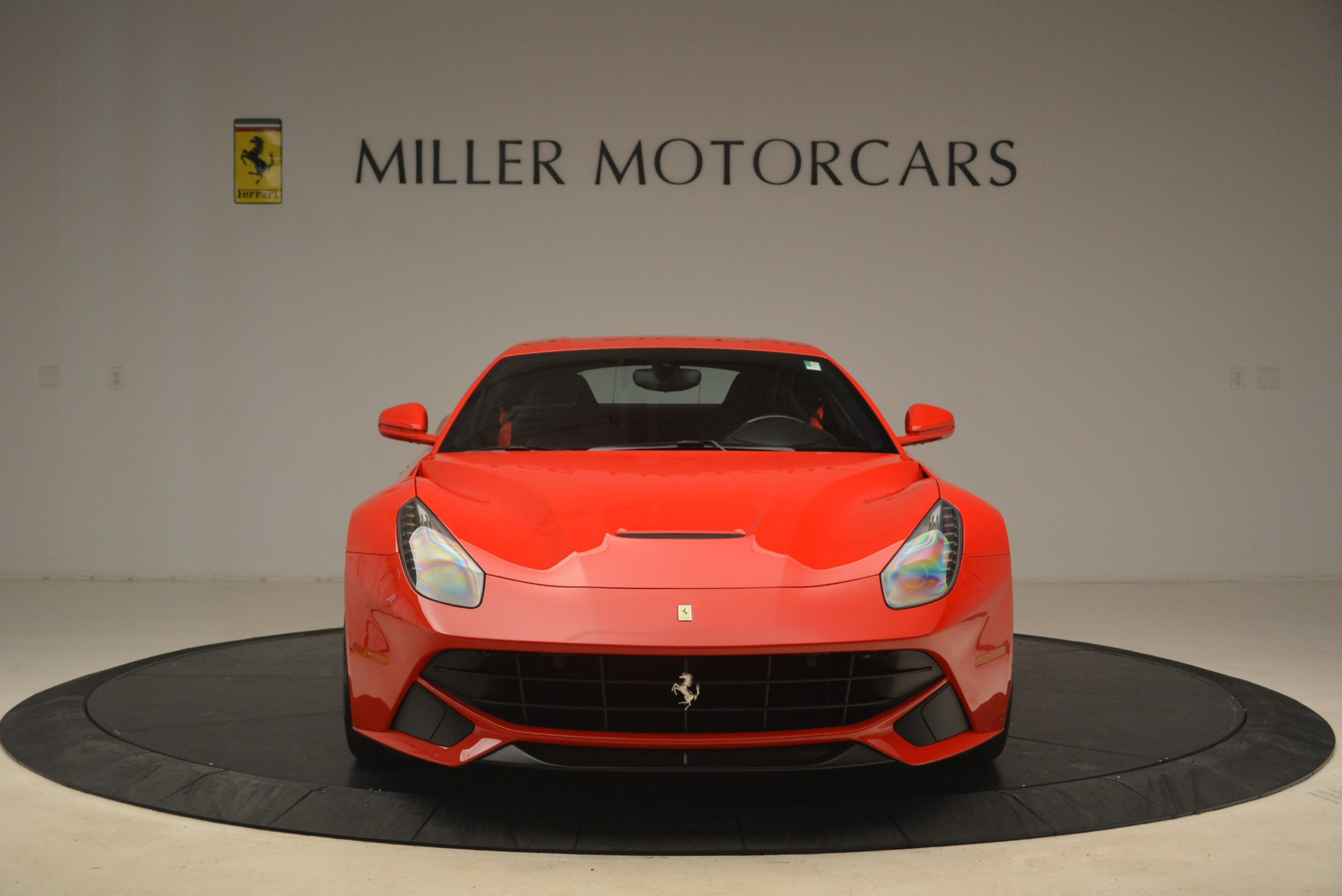 Used 2014 Ferrari F12 Berlinetta  For Sale In Greenwich, CT 2256_p12