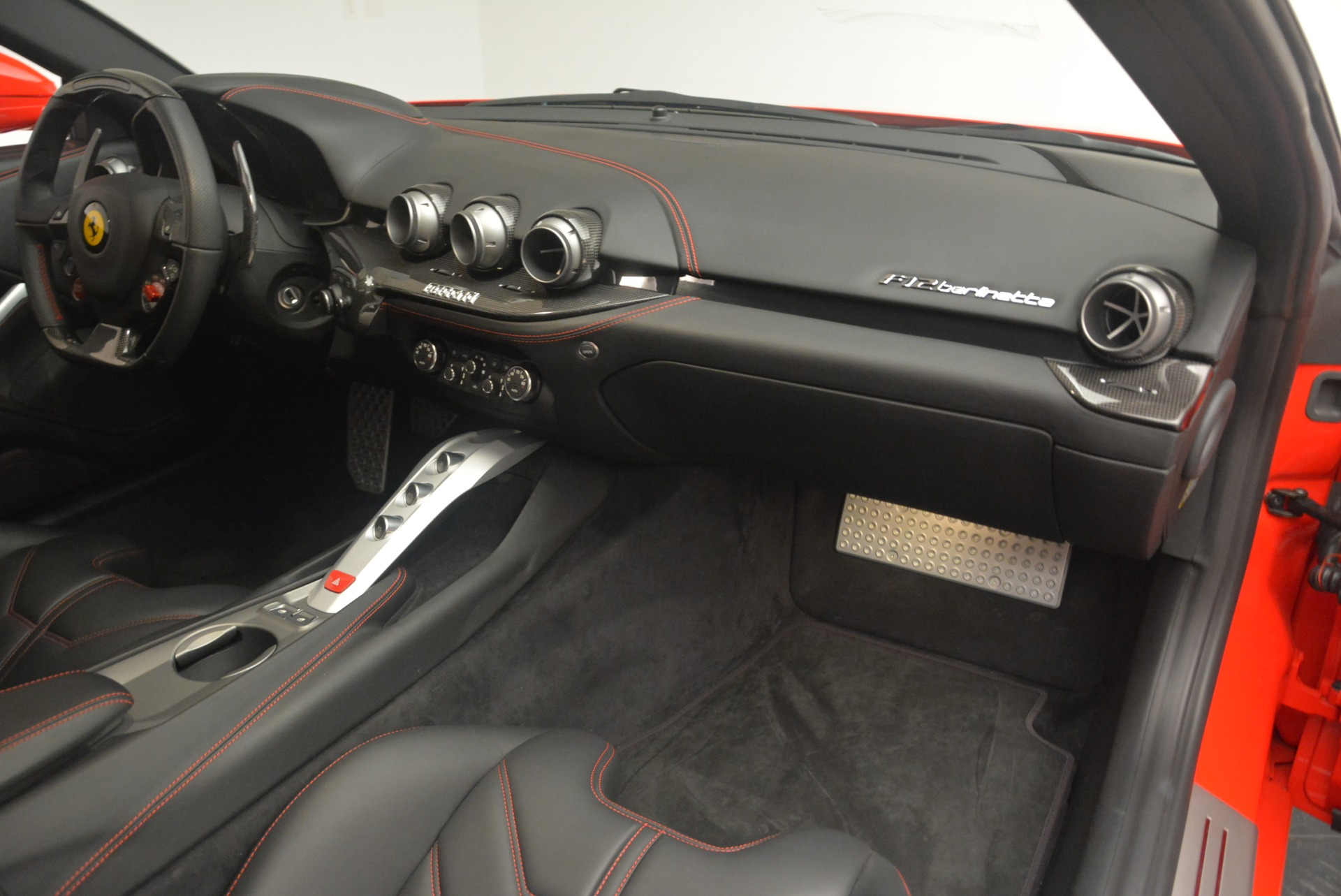 Used 2014 Ferrari F12 Berlinetta  For Sale In Greenwich, CT 2256_p17