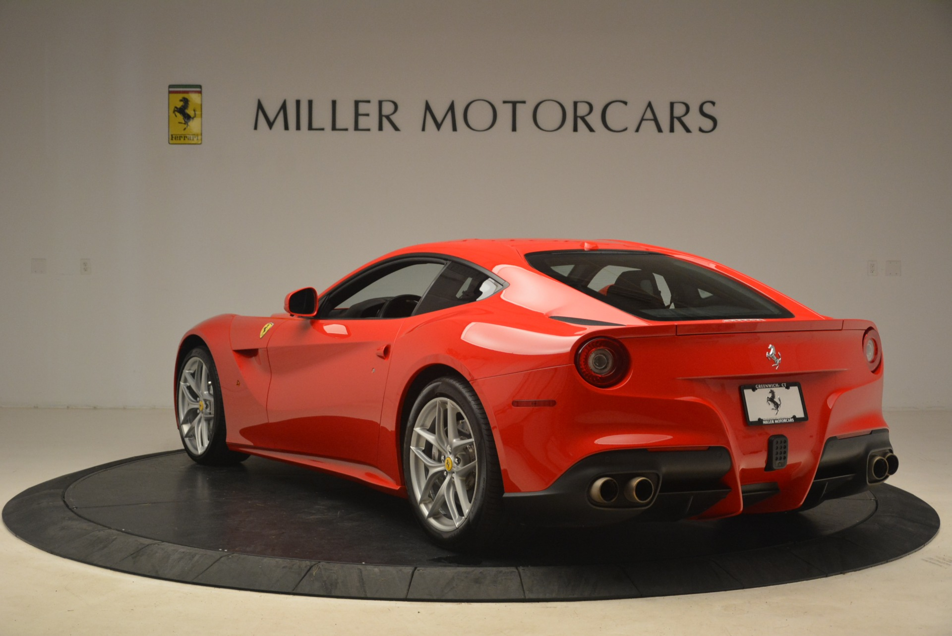 Used 2014 Ferrari F12 Berlinetta  For Sale In Greenwich, CT 2256_p5