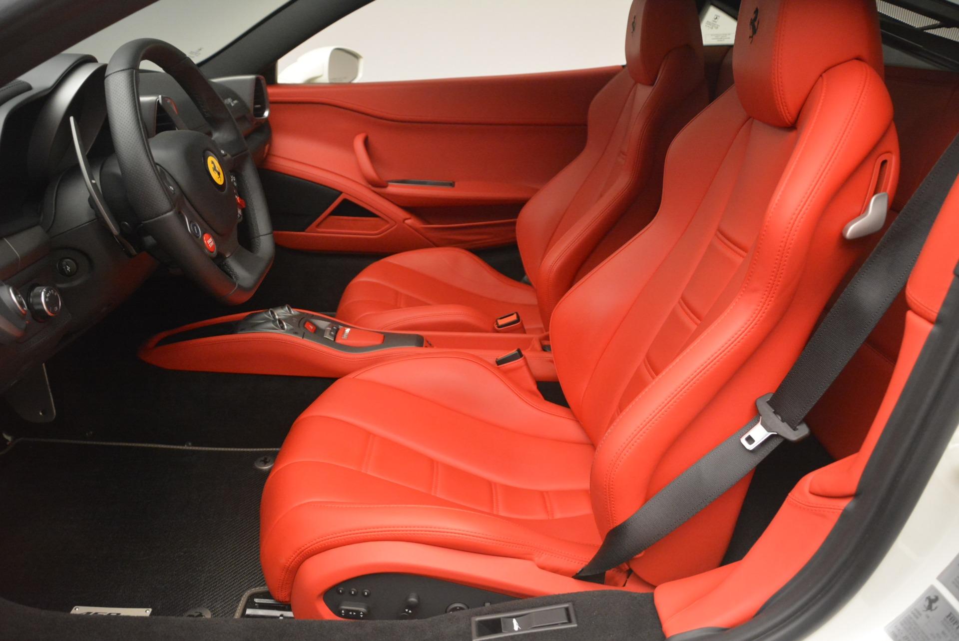 Used 2014 Ferrari 458 Italia  For Sale In Greenwich, CT 2260_p14
