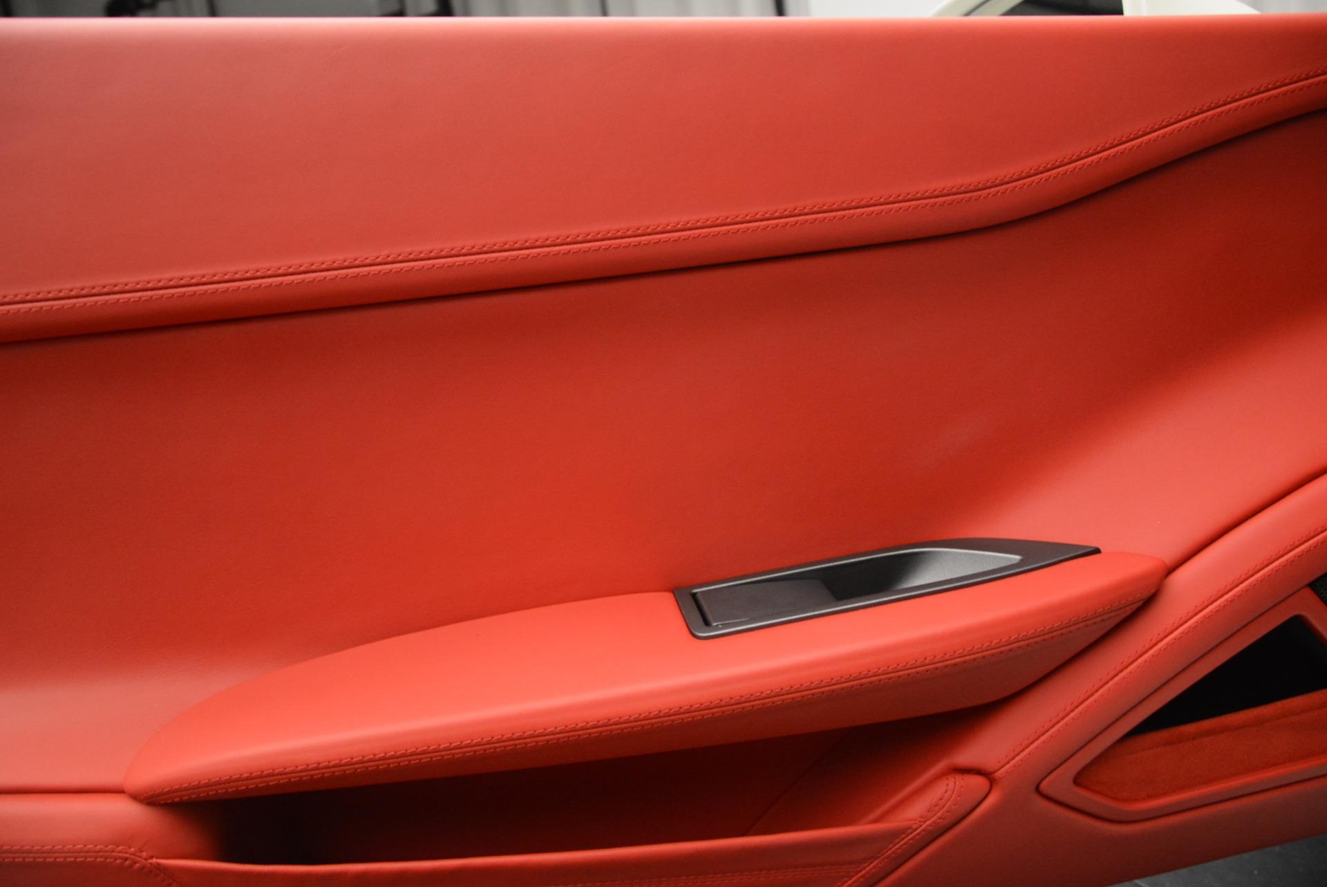 Used 2014 Ferrari 458 Italia  For Sale In Greenwich, CT 2260_p16