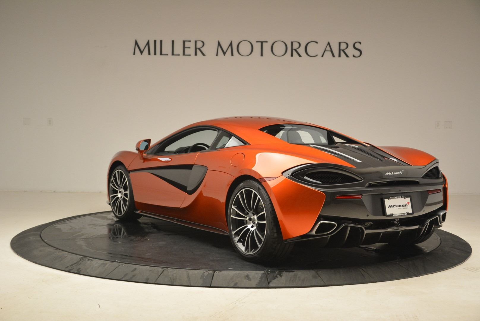 Used 2016 McLaren 570S  For Sale In Greenwich, CT 2261_p5