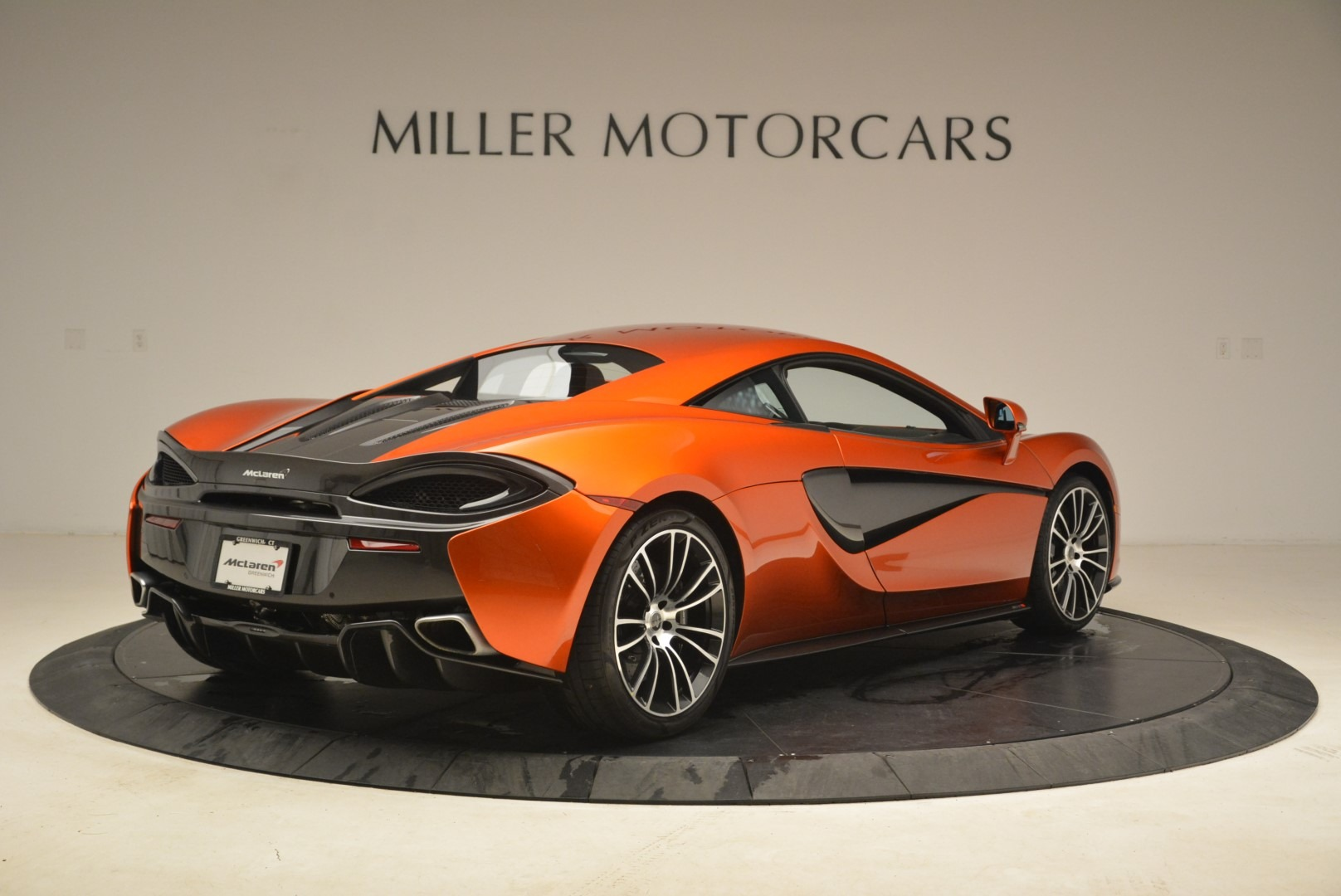 Used 2016 McLaren 570S  For Sale In Greenwich, CT 2261_p7