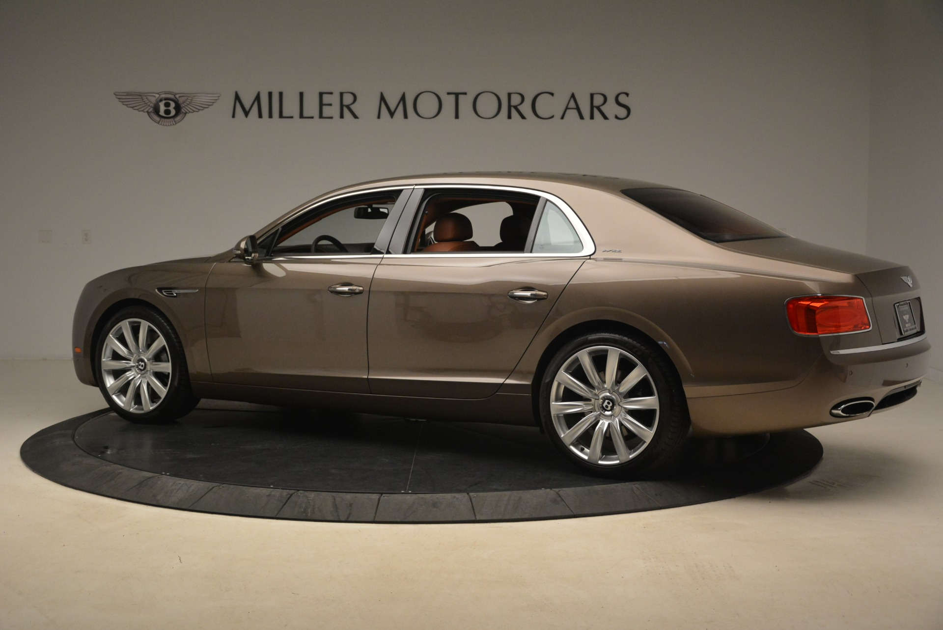 Used 2015 Bentley Flying Spur W12 For Sale In Greenwich, CT 2266_p4