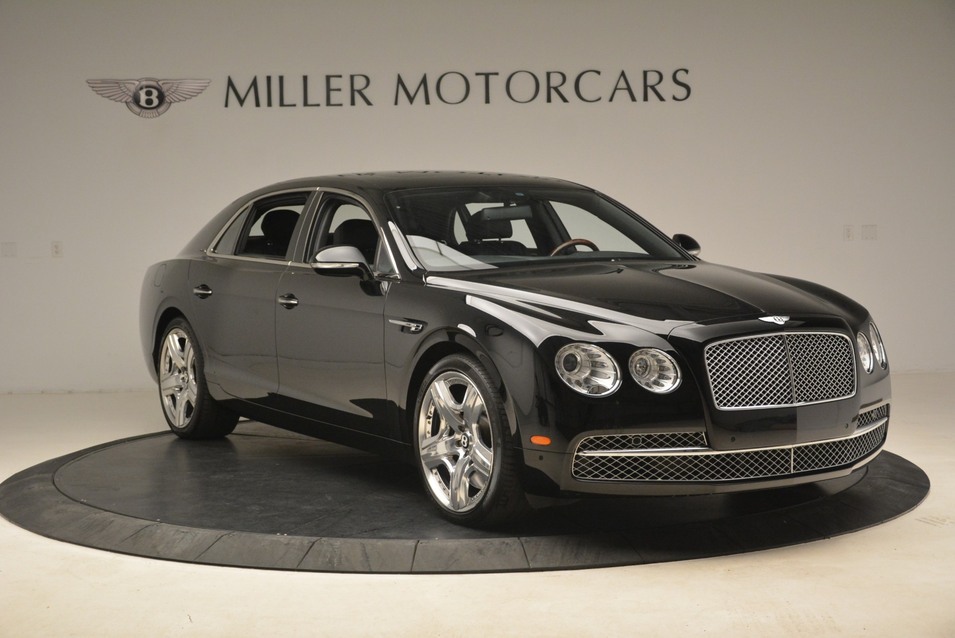 Used 2014 Bentley Flying Spur W12 For Sale In Greenwich, CT 2267_p10