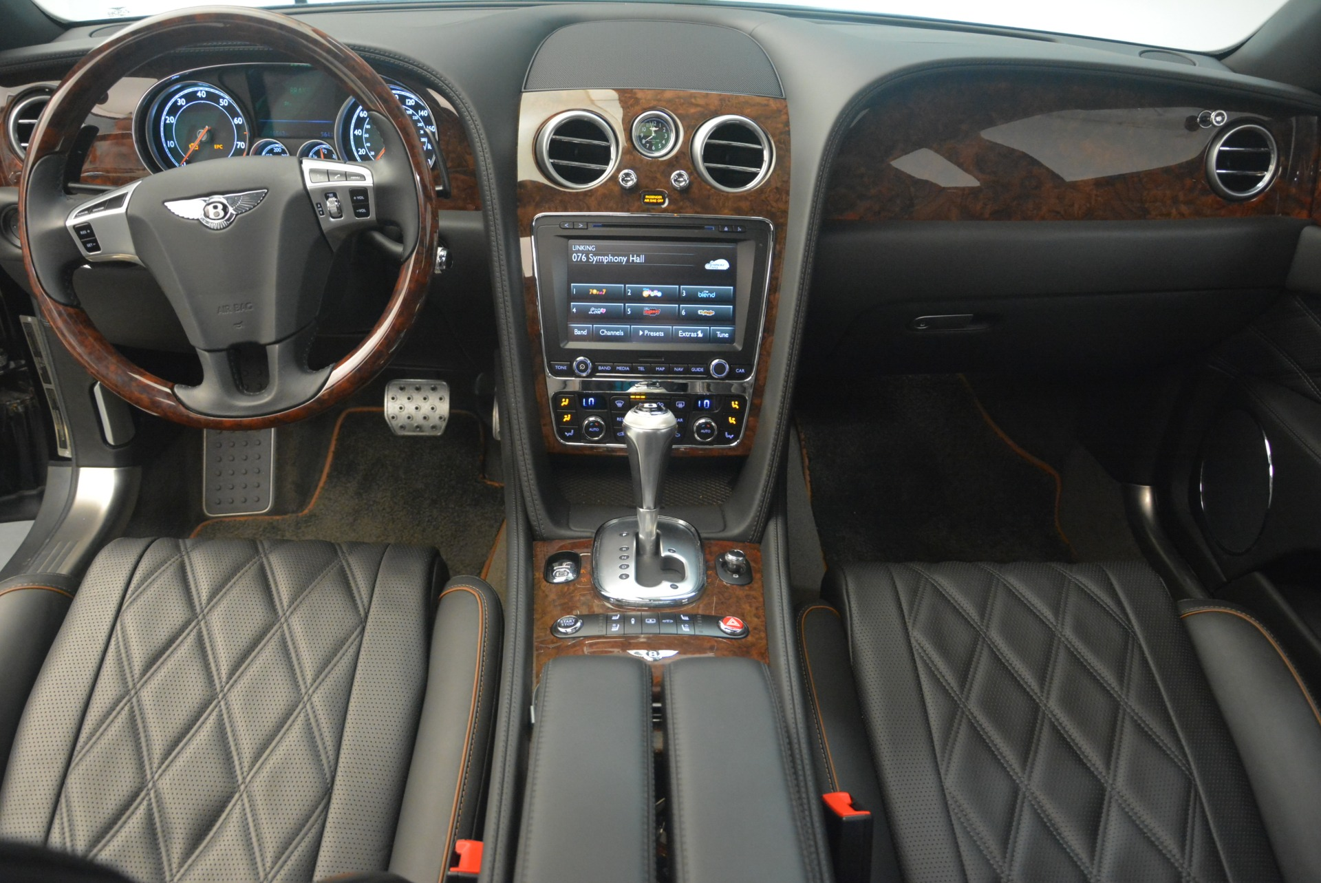 Used 2014 Bentley Flying Spur W12 For Sale In Greenwich, CT 2267_p20