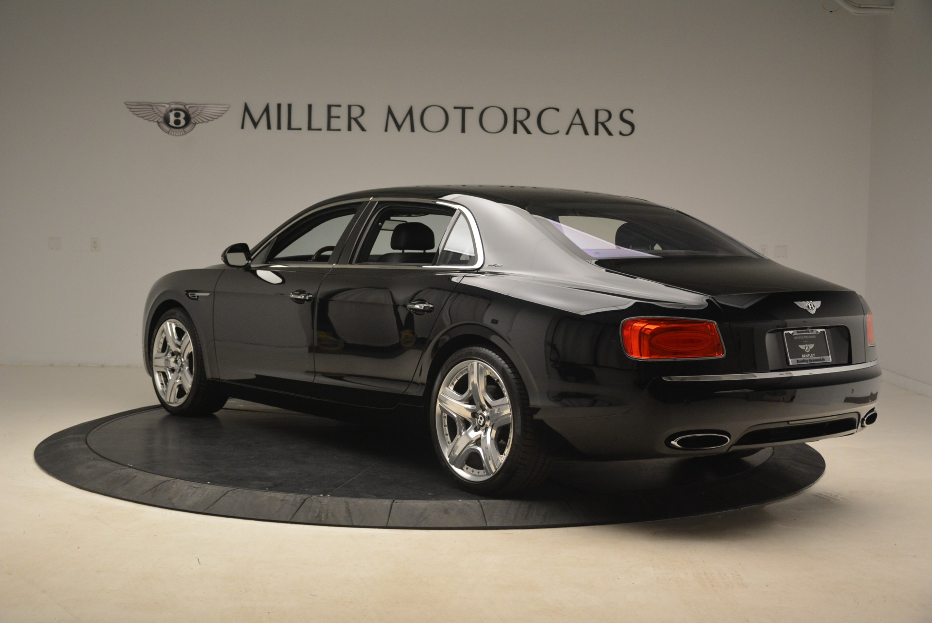 Used 2014 Bentley Flying Spur W12 For Sale In Greenwich, CT 2267_p4