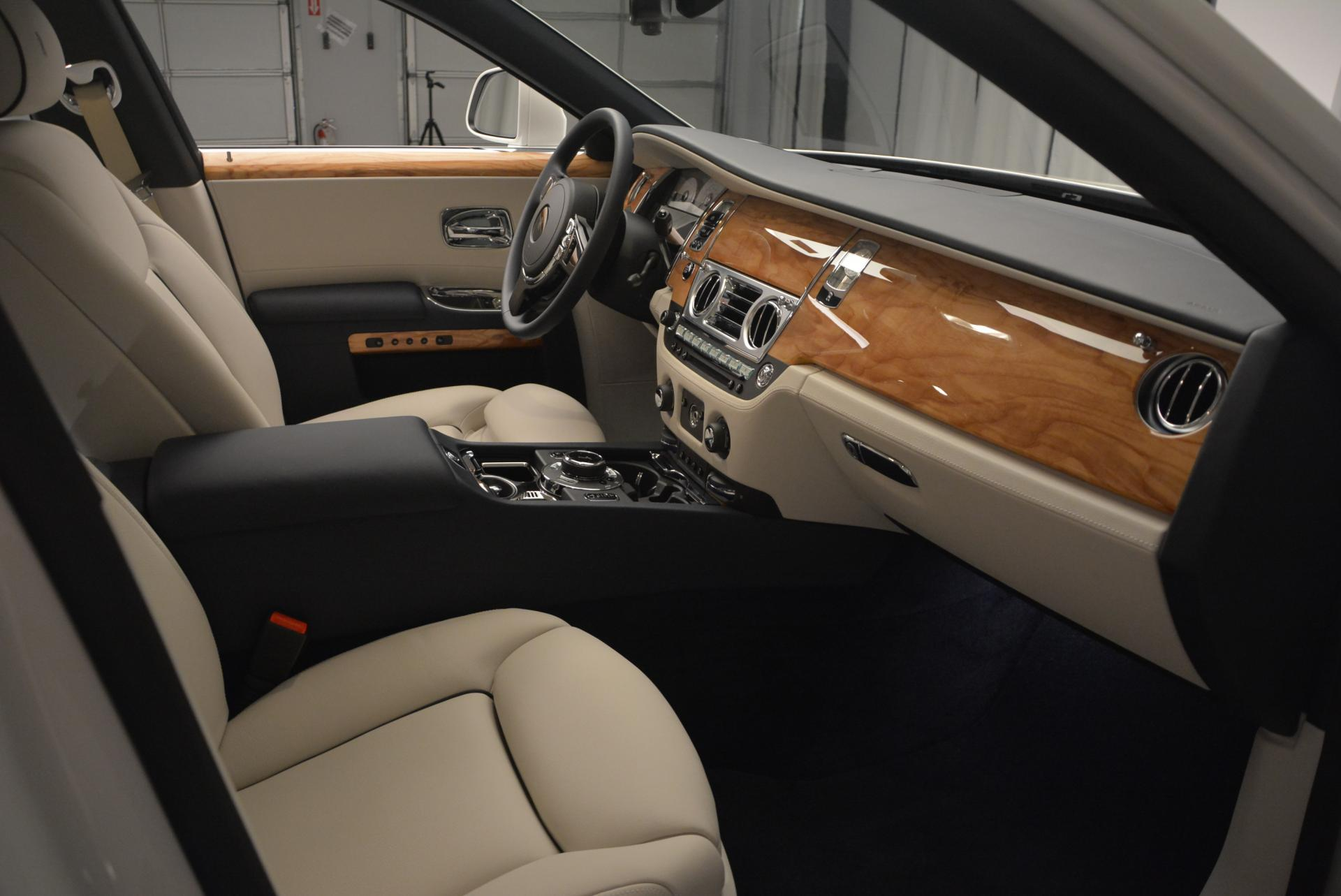 Used 2016 Rolls-Royce Ghost Series II  For Sale In Greenwich, CT 227_p23