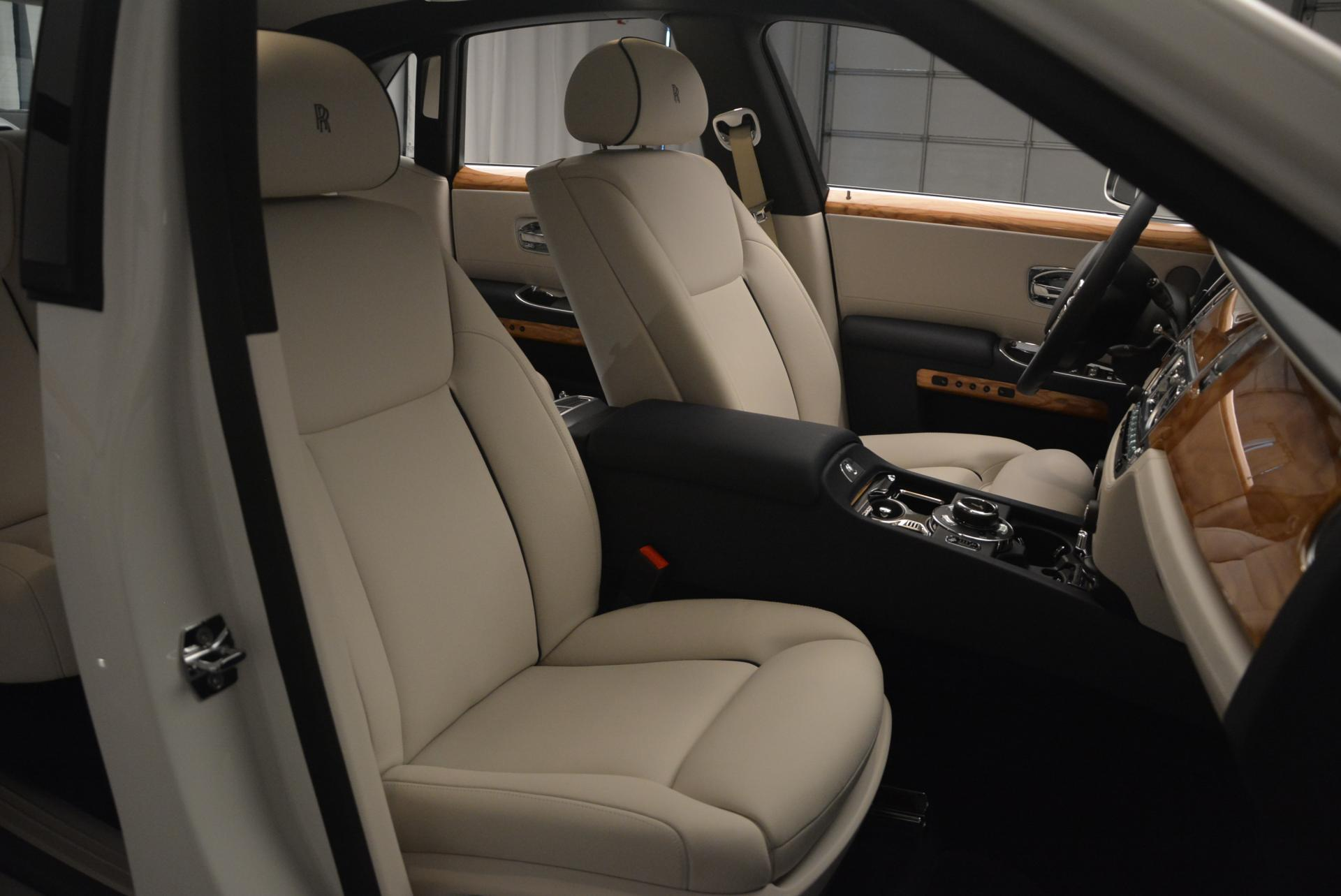 Used 2016 Rolls-Royce Ghost Series II  For Sale In Greenwich, CT 227_p24