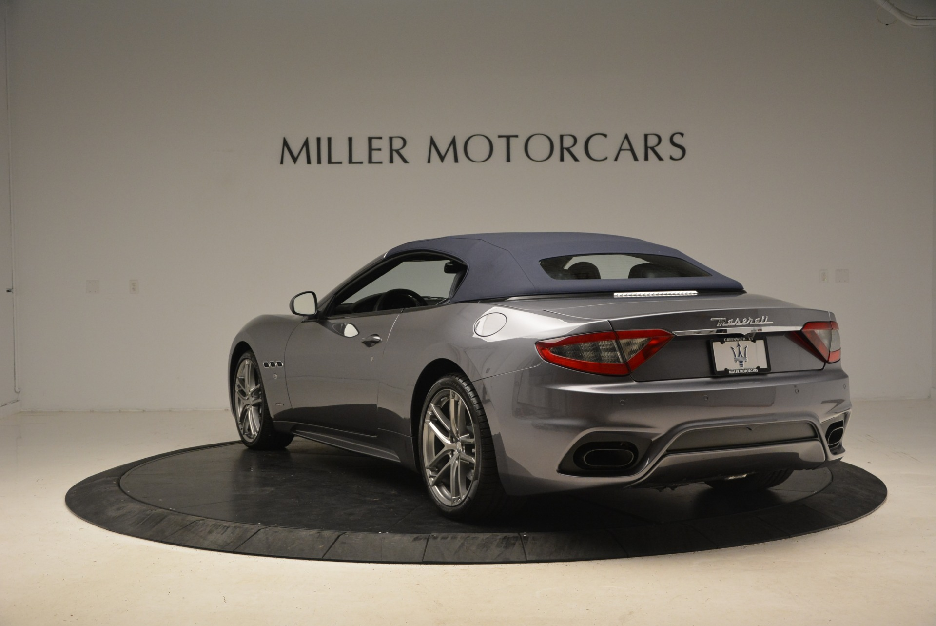 New 2018 Maserati GranTurismo Sport Convertible For Sale In Greenwich, CT 2272_p10