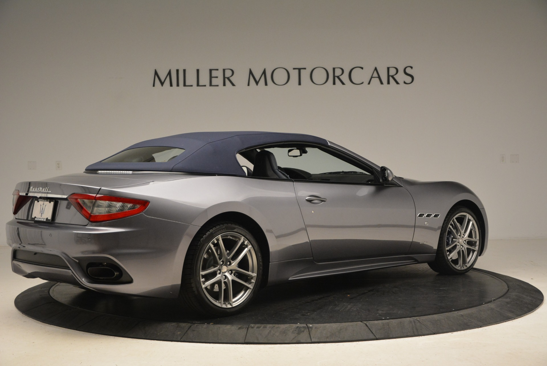 New 2018 Maserati GranTurismo Sport Convertible For Sale In Greenwich, CT 2272_p16