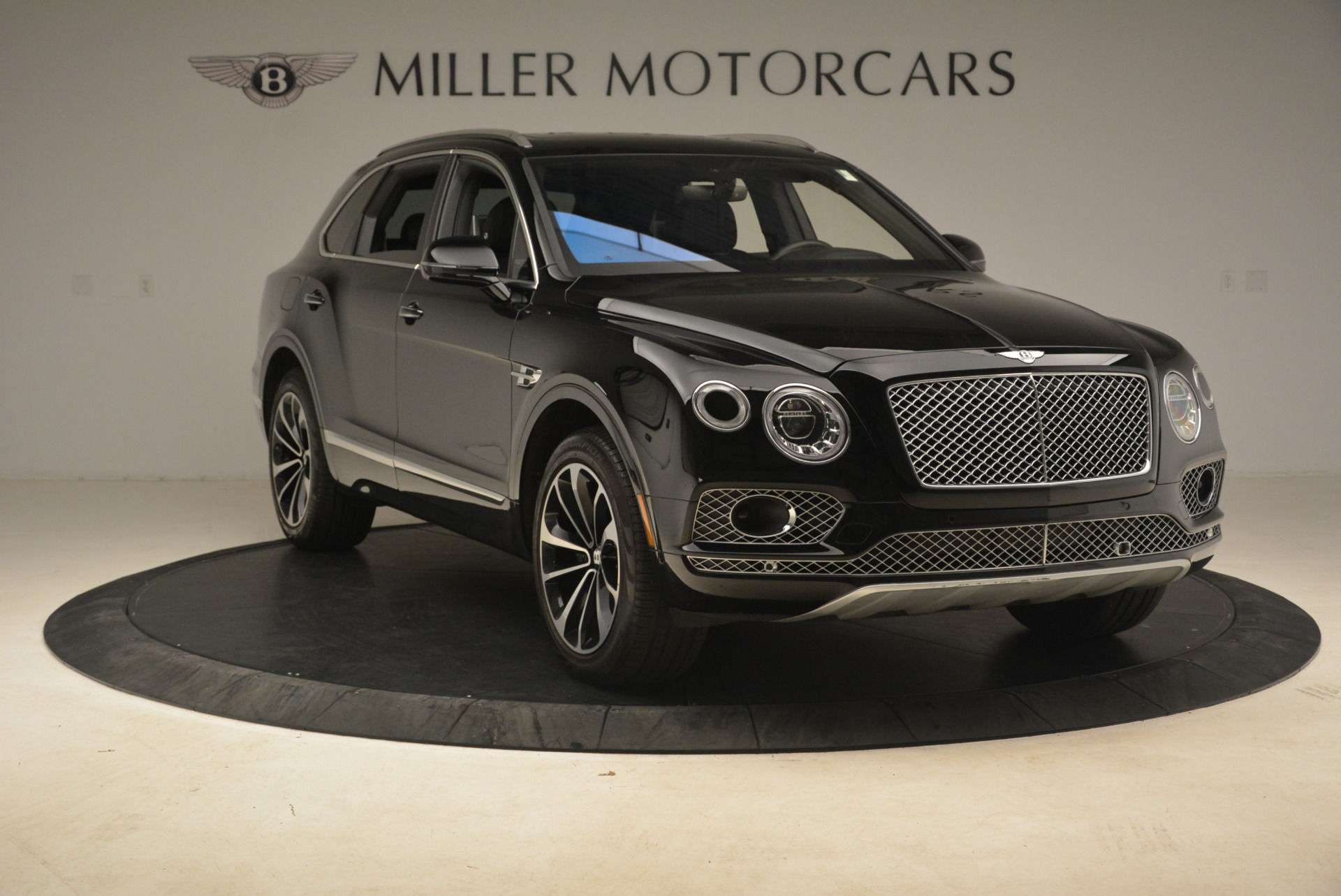 Used 2017 Bentley Bentayga W12 For Sale In Greenwich, CT 2284_p12