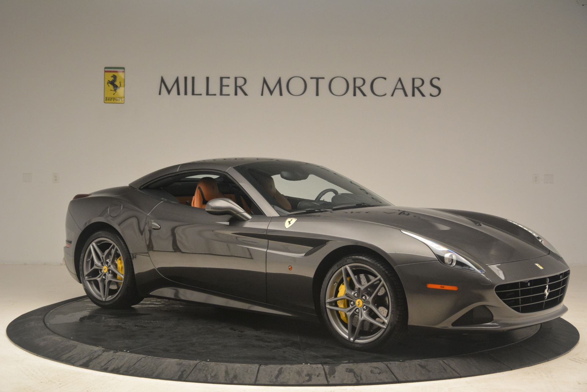 Used 2015 Ferrari California T  For Sale In Greenwich, CT 2286_p22