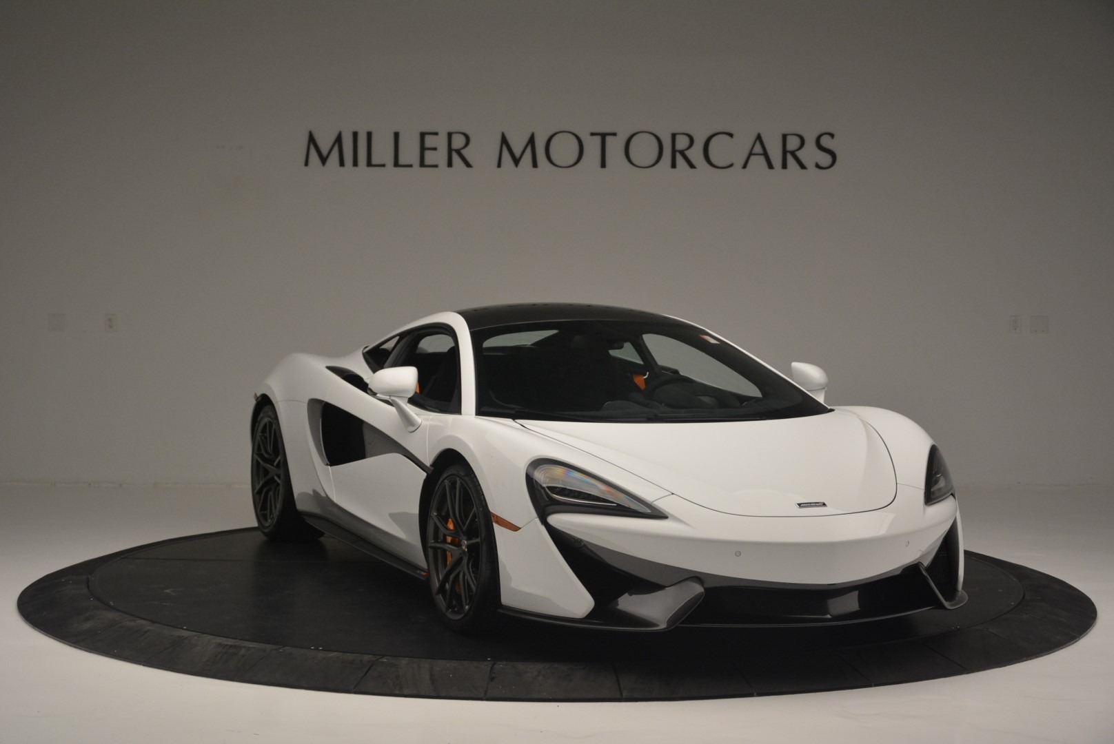 Used 2018 McLaren 570S Track Pack For Sale In Greenwich, CT 2290_p11