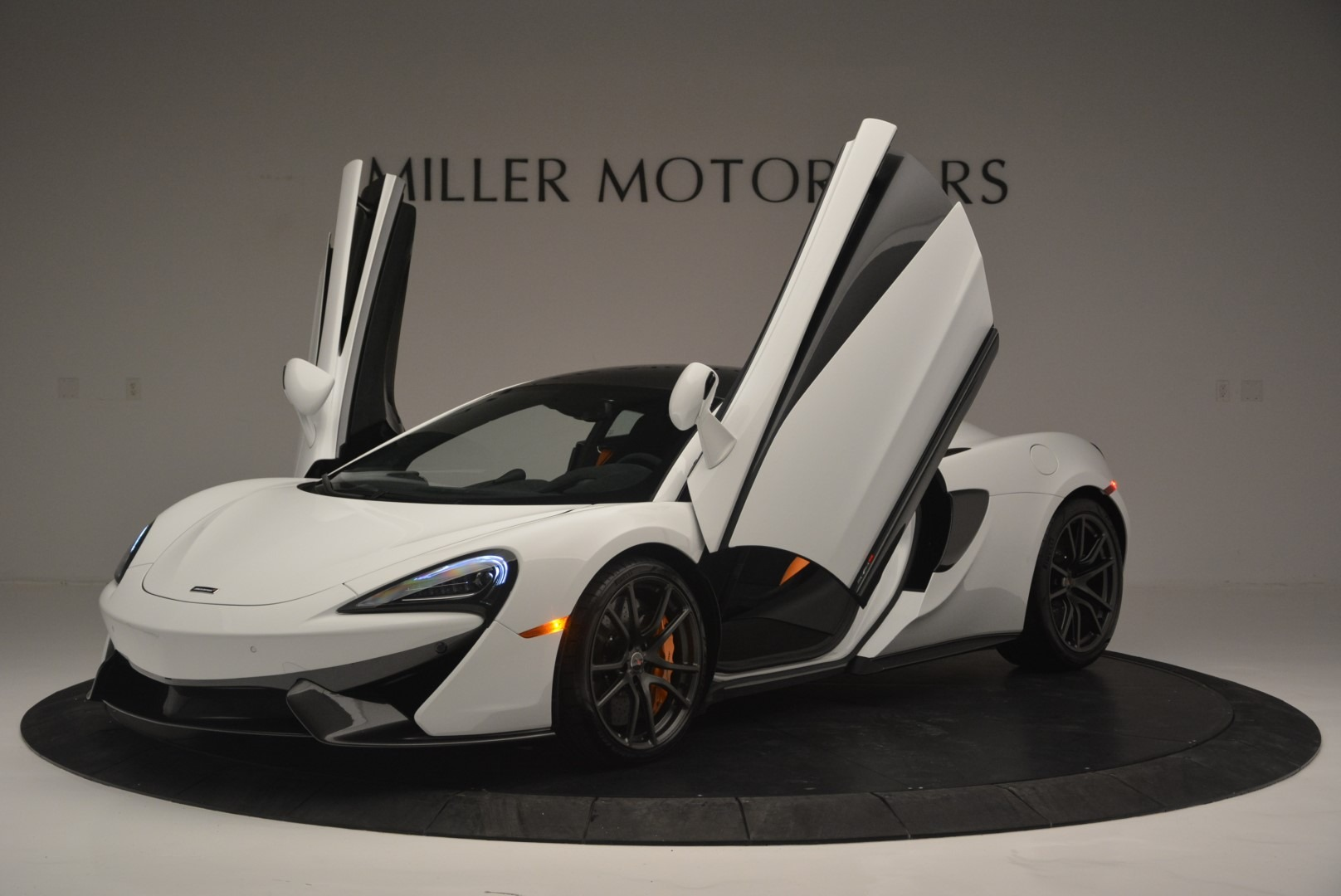 Used 2018 McLaren 570S Track Pack For Sale In Greenwich, CT 2290_p14