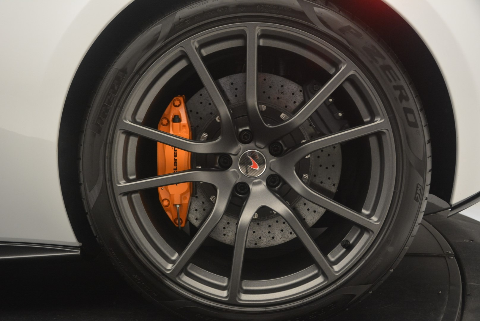 Used 2018 McLaren 570S Track Pack For Sale In Greenwich, CT 2290_p16