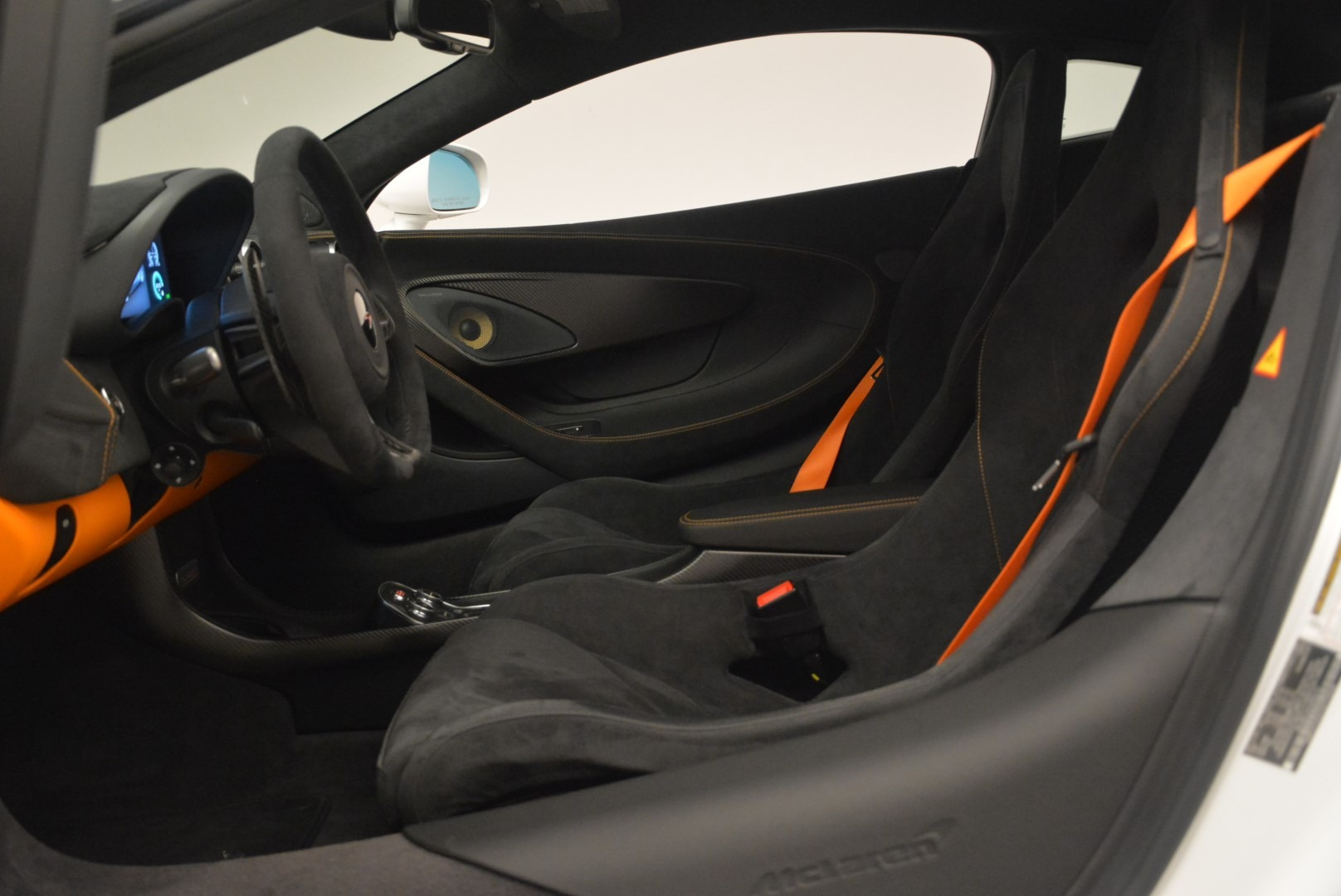 Used 2018 McLaren 570S Track Pack For Sale In Greenwich, CT 2290_p18
