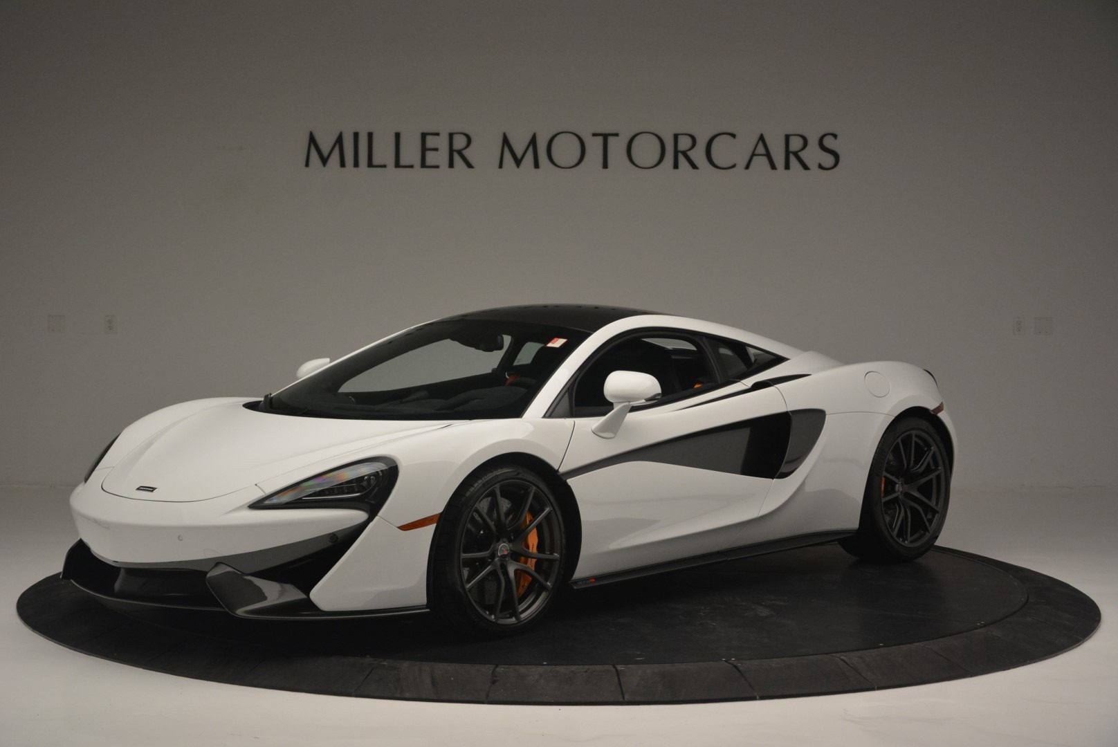 Used 2018 McLaren 570S Track Pack For Sale In Greenwich, CT 2290_p2