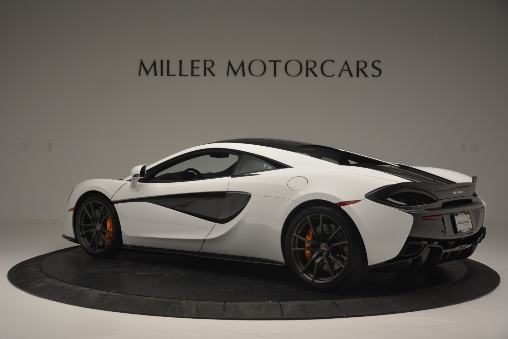 Used 2018 McLaren 570S Track Pack For Sale In Greenwich, CT 2290_p4
