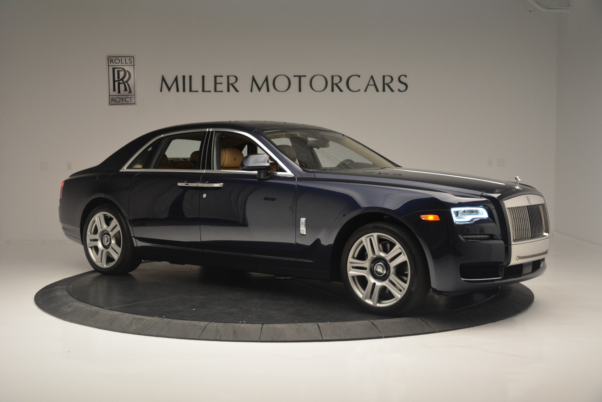 Used 2015 Rolls-Royce Ghost  For Sale In Greenwich, CT 2297_p10