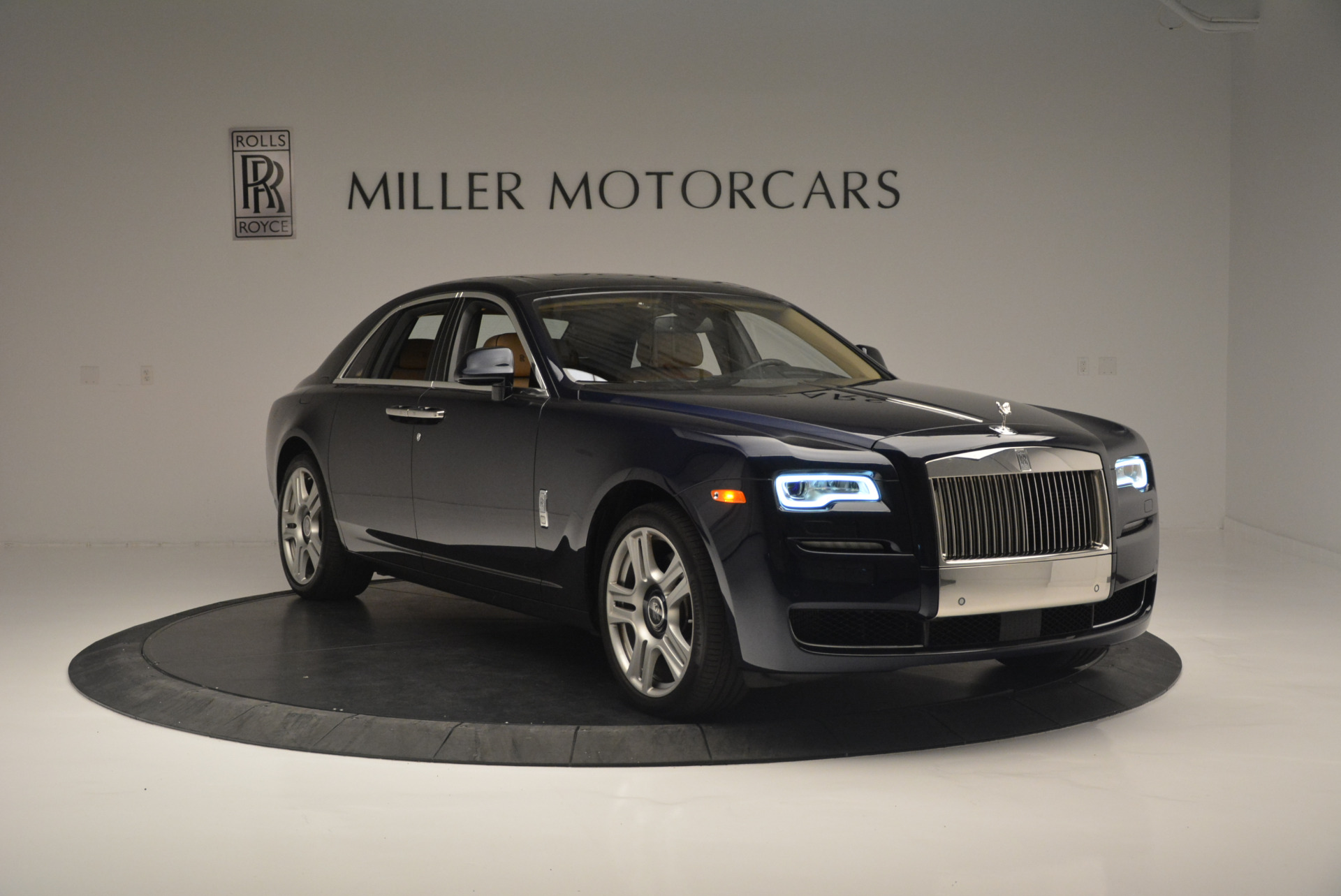 Used 2015 Rolls-Royce Ghost  For Sale In Greenwich, CT 2297_p11