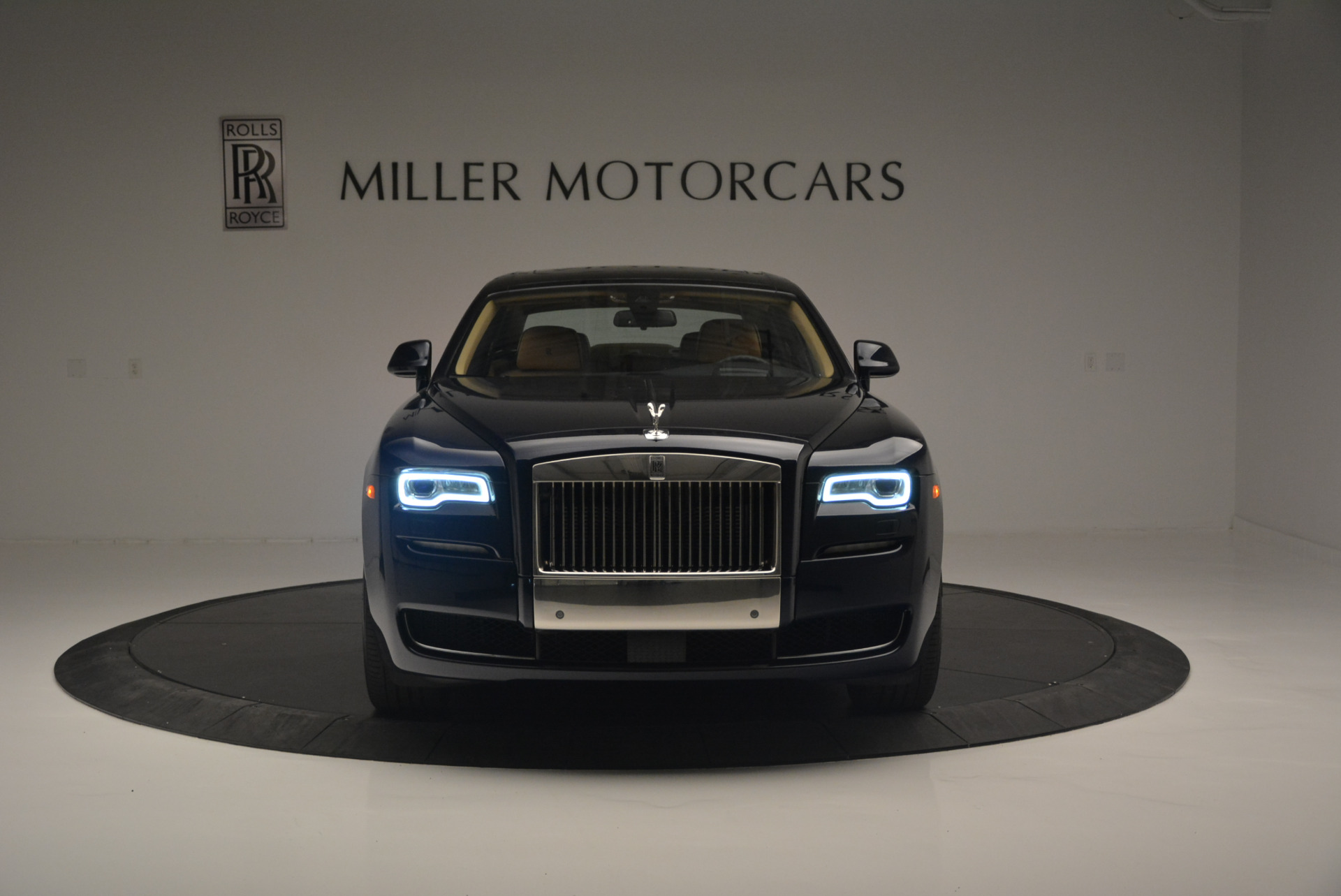 Used 2015 Rolls-Royce Ghost  For Sale In Greenwich, CT 2297_p12