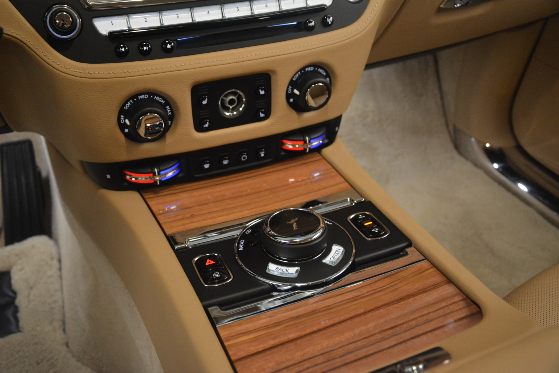 Used 2015 Rolls-Royce Ghost  For Sale In Greenwich, CT 2297_p22