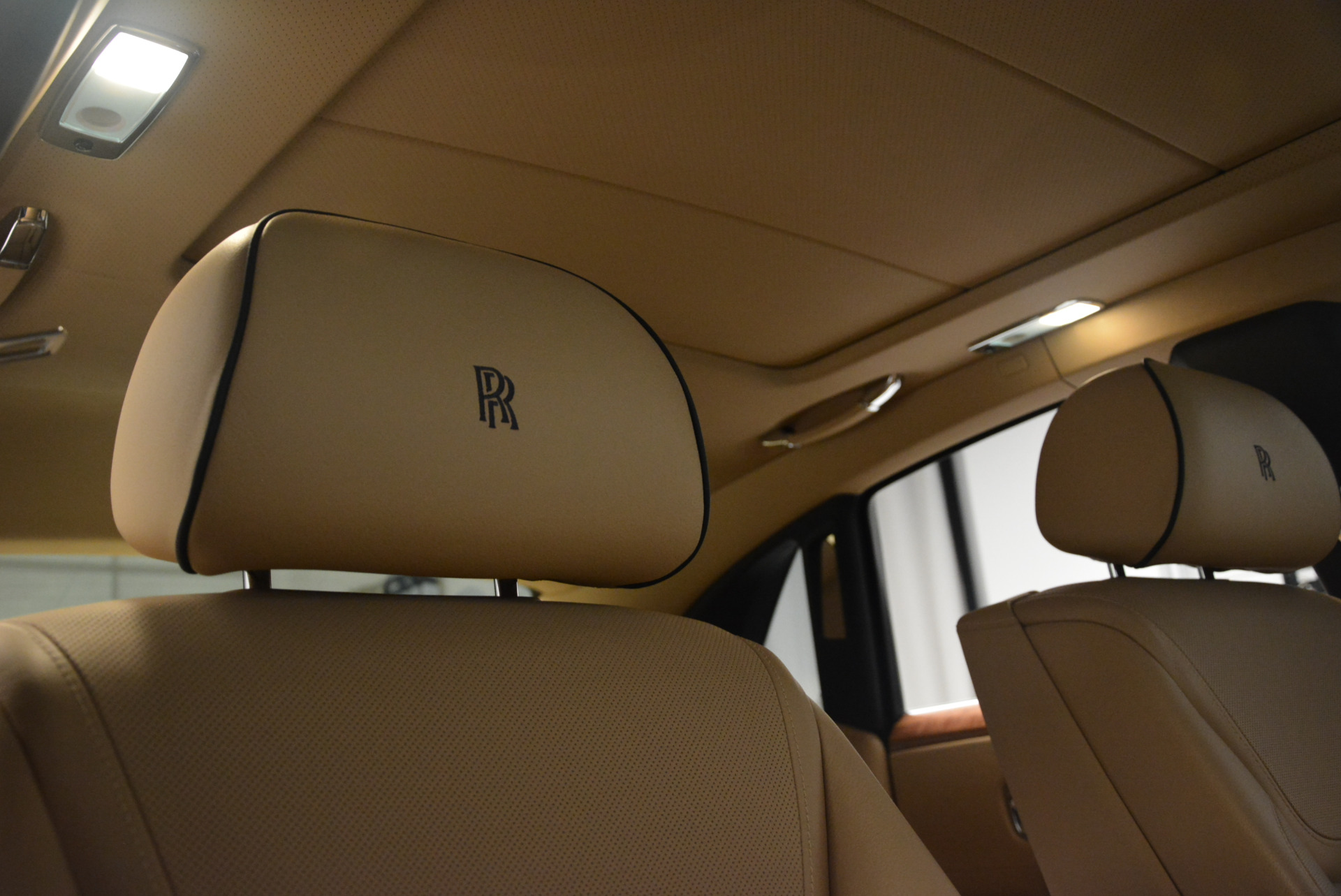 Used 2015 Rolls-Royce Ghost  For Sale In Greenwich, CT 2297_p25