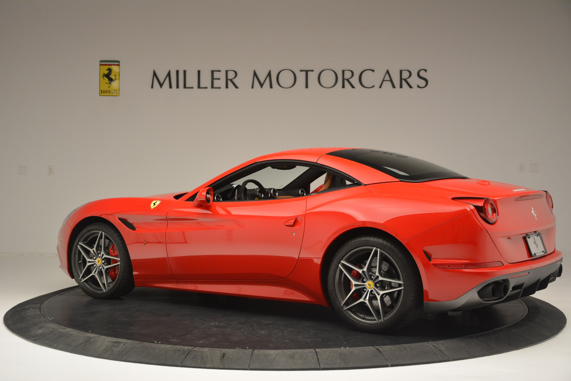 Used 2016 Ferrari California T Handling Speciale For Sale In Greenwich, CT 2298_p16