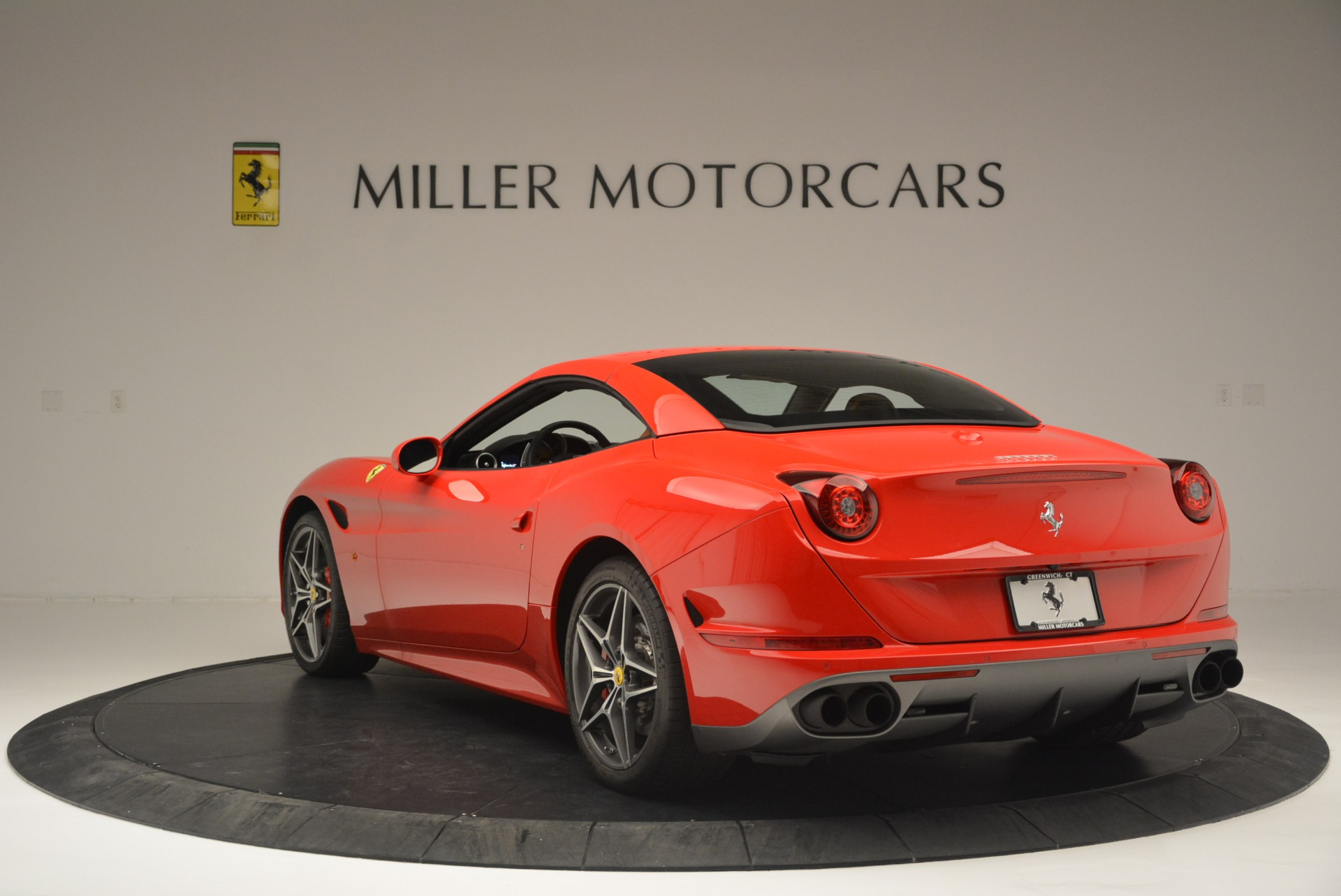 Used 2016 Ferrari California T Handling Speciale For Sale In Greenwich, CT 2298_p17