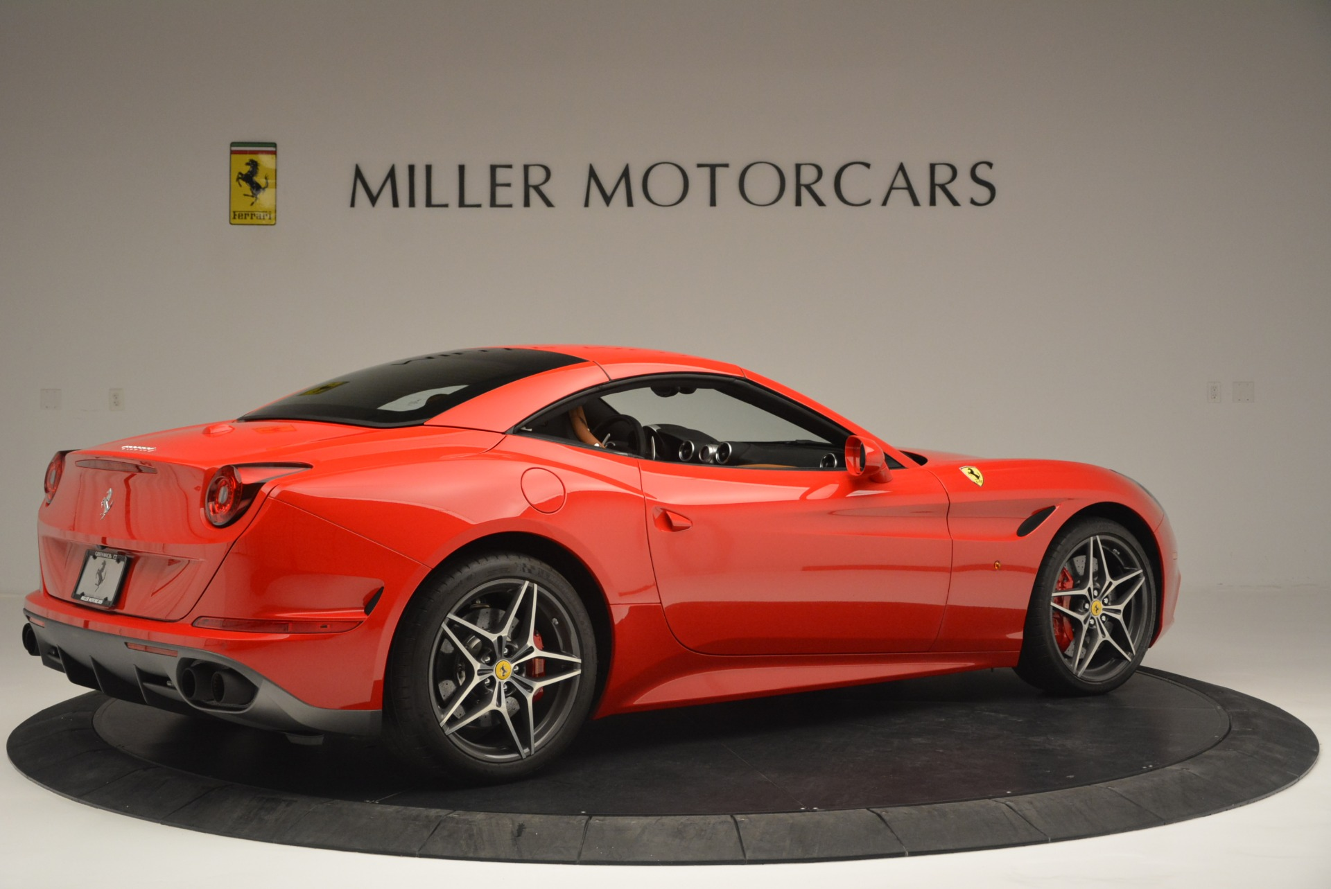 Used 2016 Ferrari California T Handling Speciale For Sale In Greenwich, CT 2298_p20