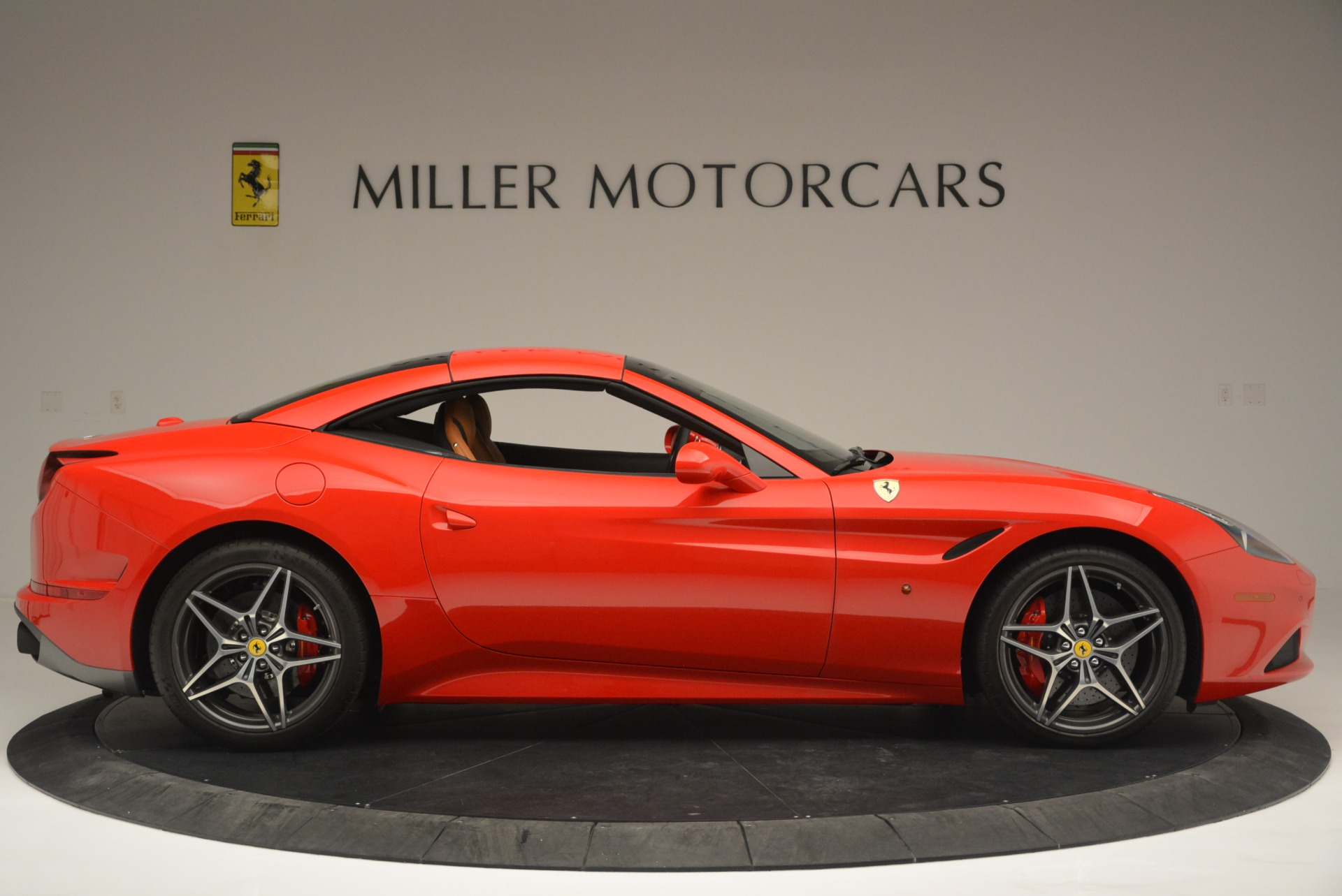 Used 2016 Ferrari California T Handling Speciale For Sale In Greenwich, CT 2298_p21