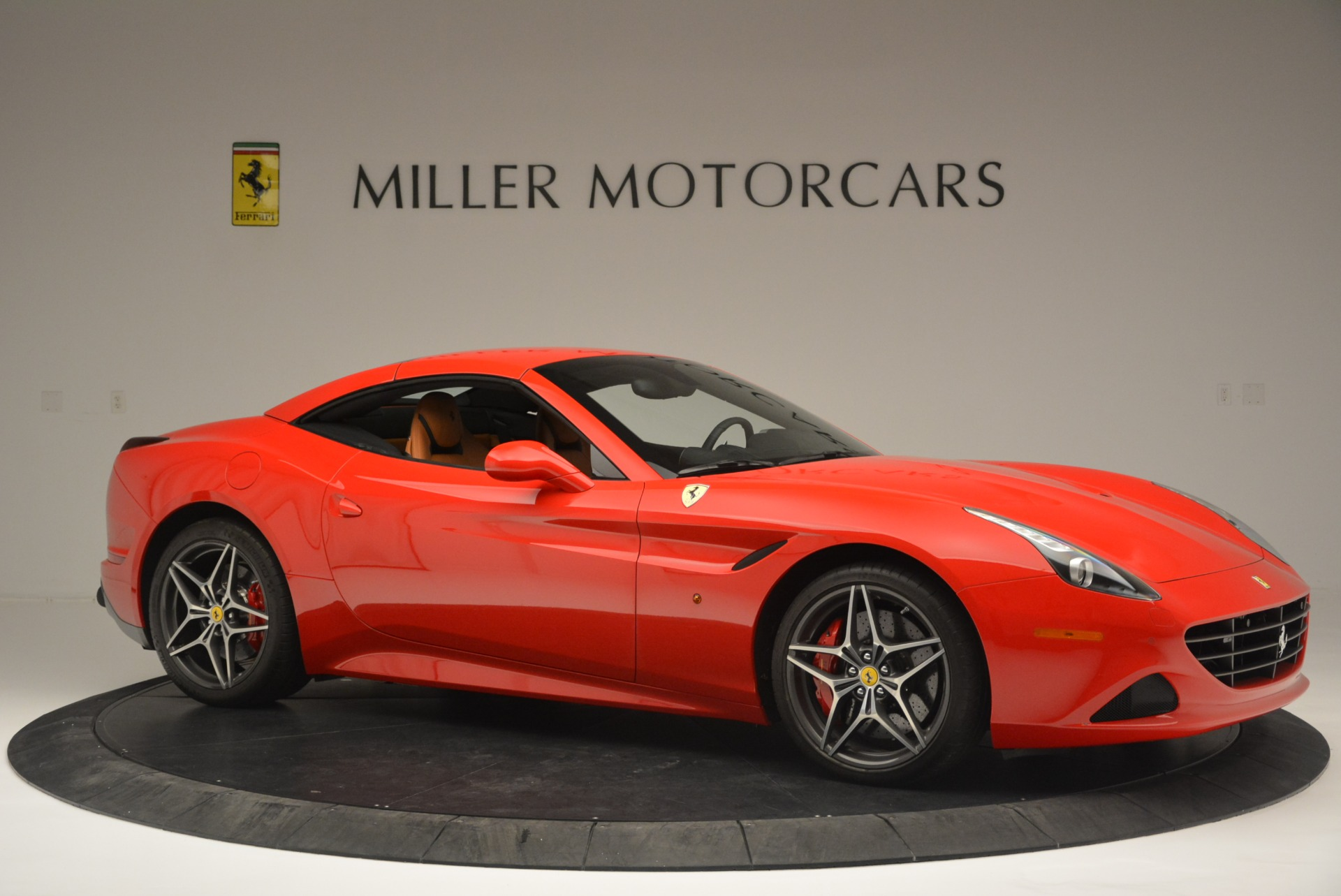 Used 2016 Ferrari California T Handling Speciale For Sale In Greenwich, CT 2298_p22