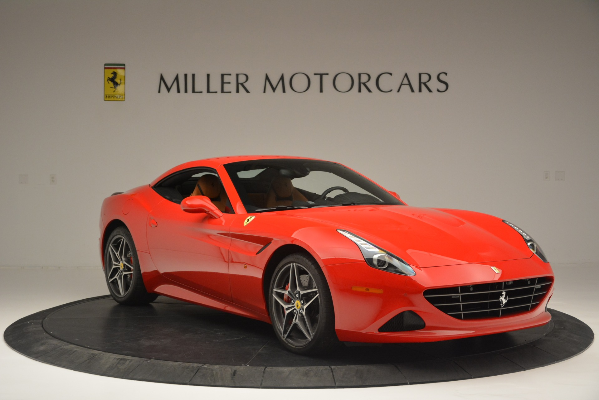 Used 2016 Ferrari California T Handling Speciale For Sale In Greenwich, CT 2298_p23