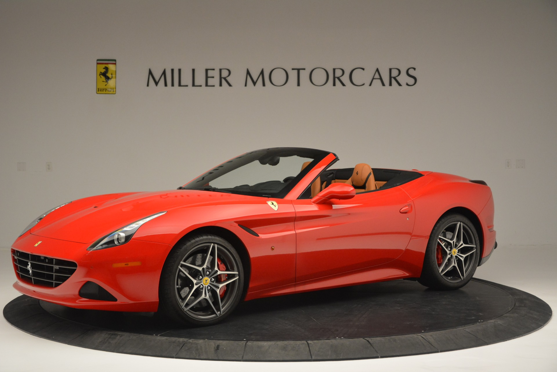 Used 2016 Ferrari California T Handling Speciale For Sale In Greenwich, CT 2298_p2