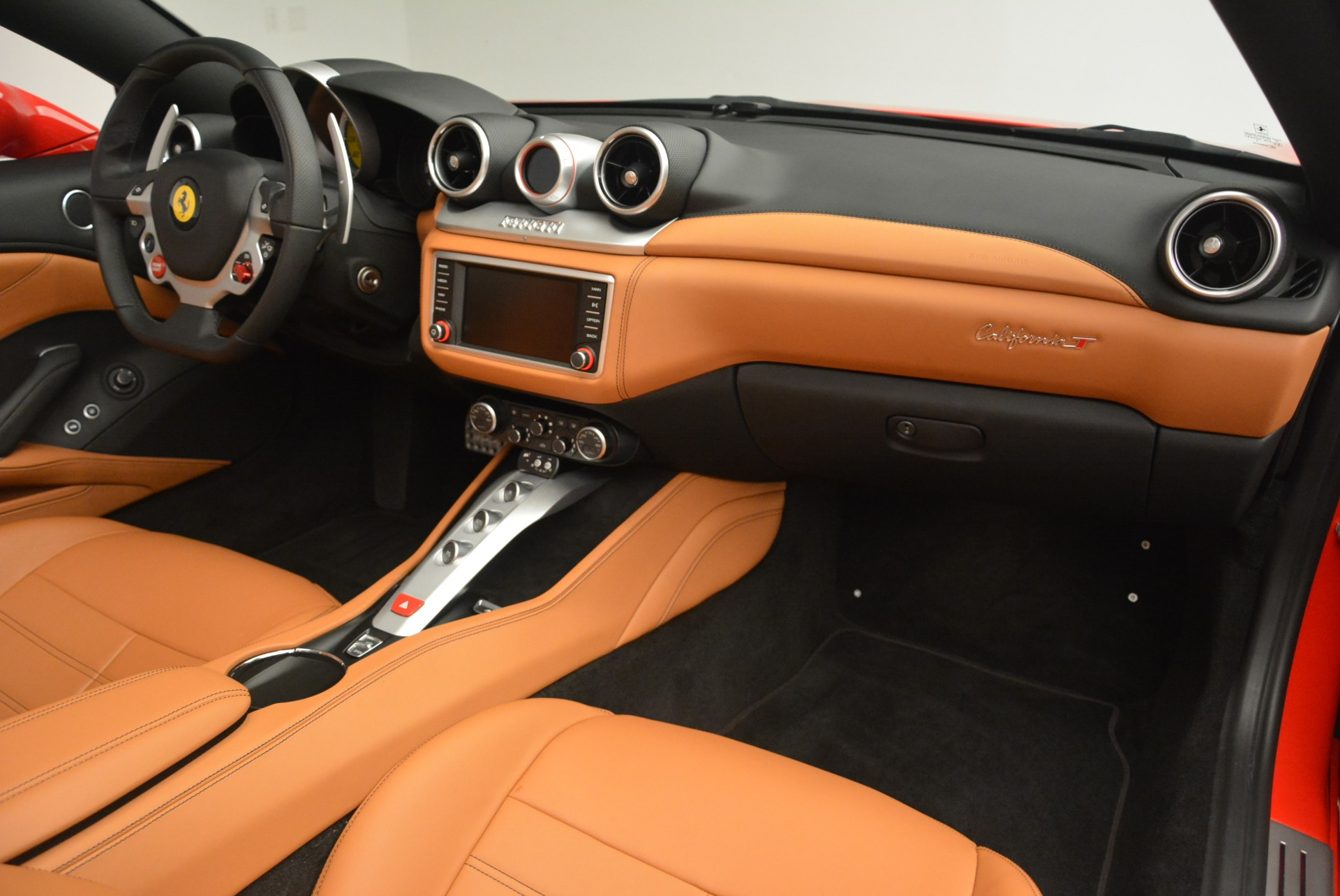 Used 2016 Ferrari California T Handling Speciale For Sale In Greenwich, CT 2298_p30